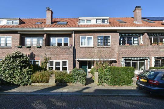 Eemwijkstraat 37, Voorburg
