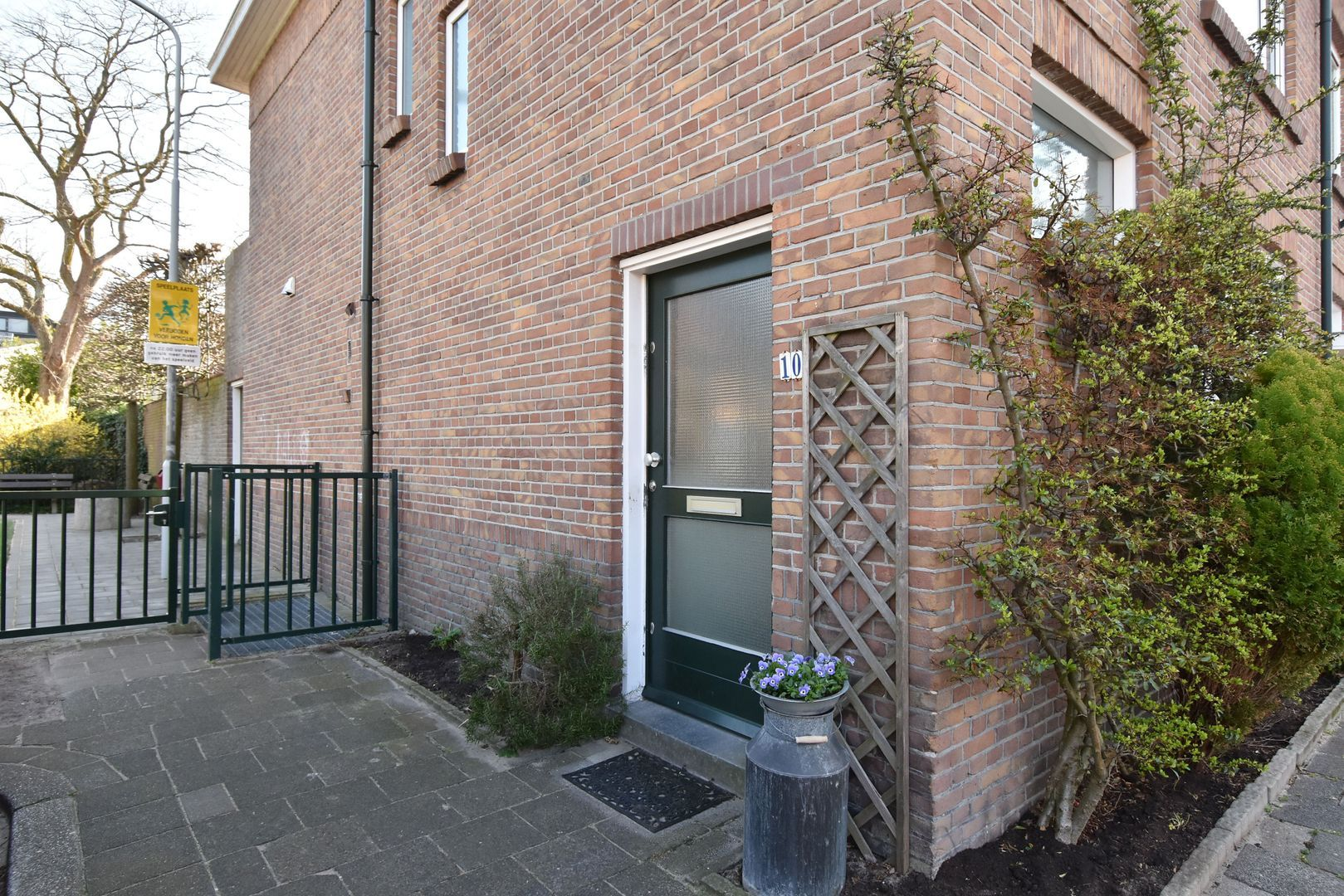 Oostvlietstraat 10, Voorburg foto-1