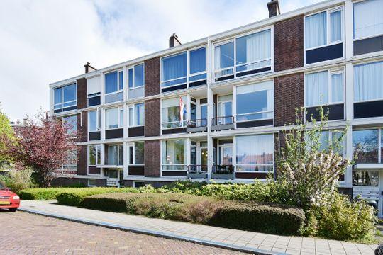 Aart van der Leeuwkade 162, Voorburg