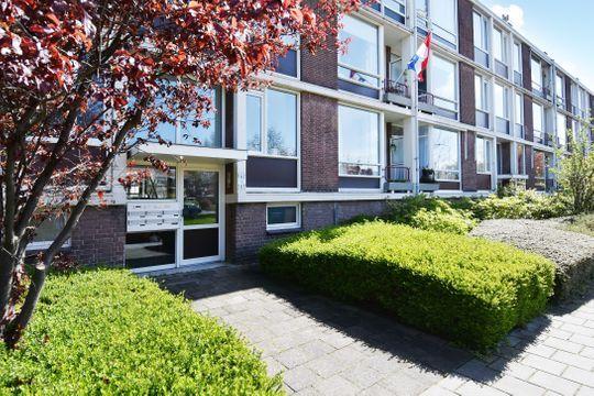 Aart van der Leeuwkade 162, Voorburg small-1