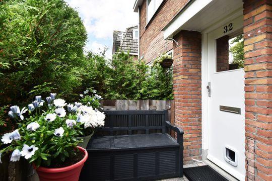 Rembrandtlaan 32, Voorburg small-2