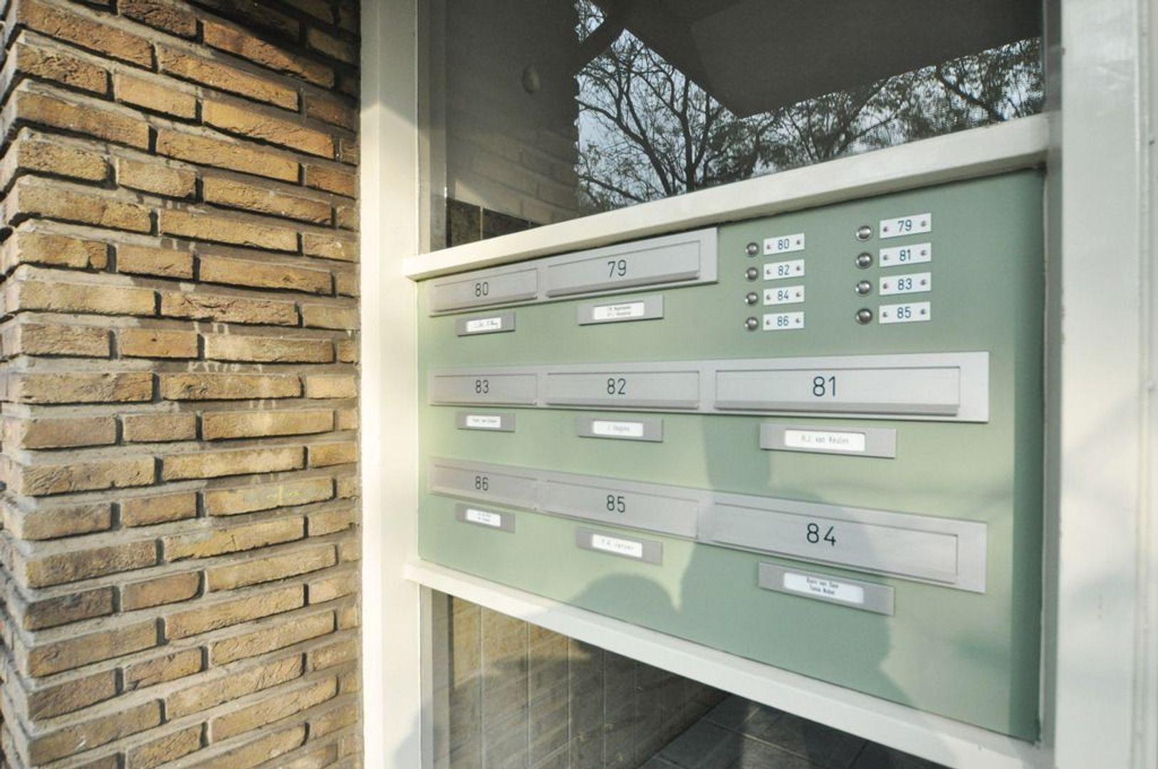 Aart van der Leeuwkade 82, Voorburg foto-1