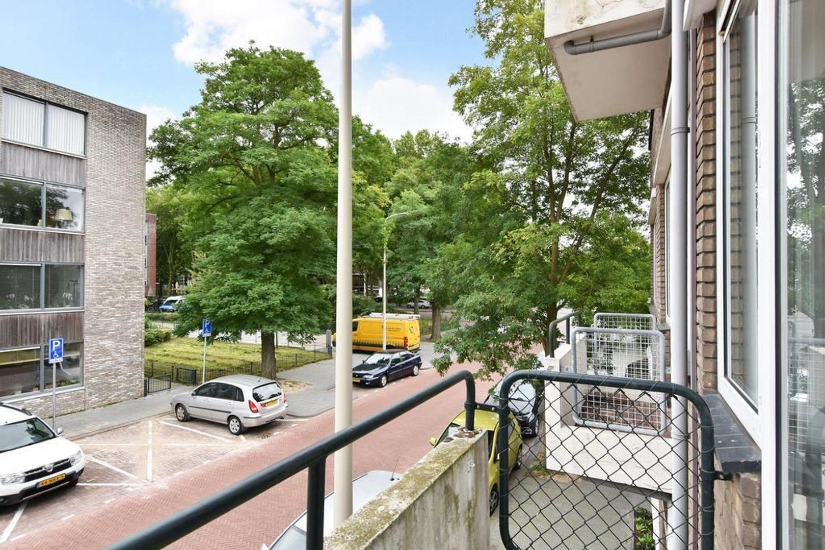 Van Heutszstraat 9 A, Den Haag foto-6