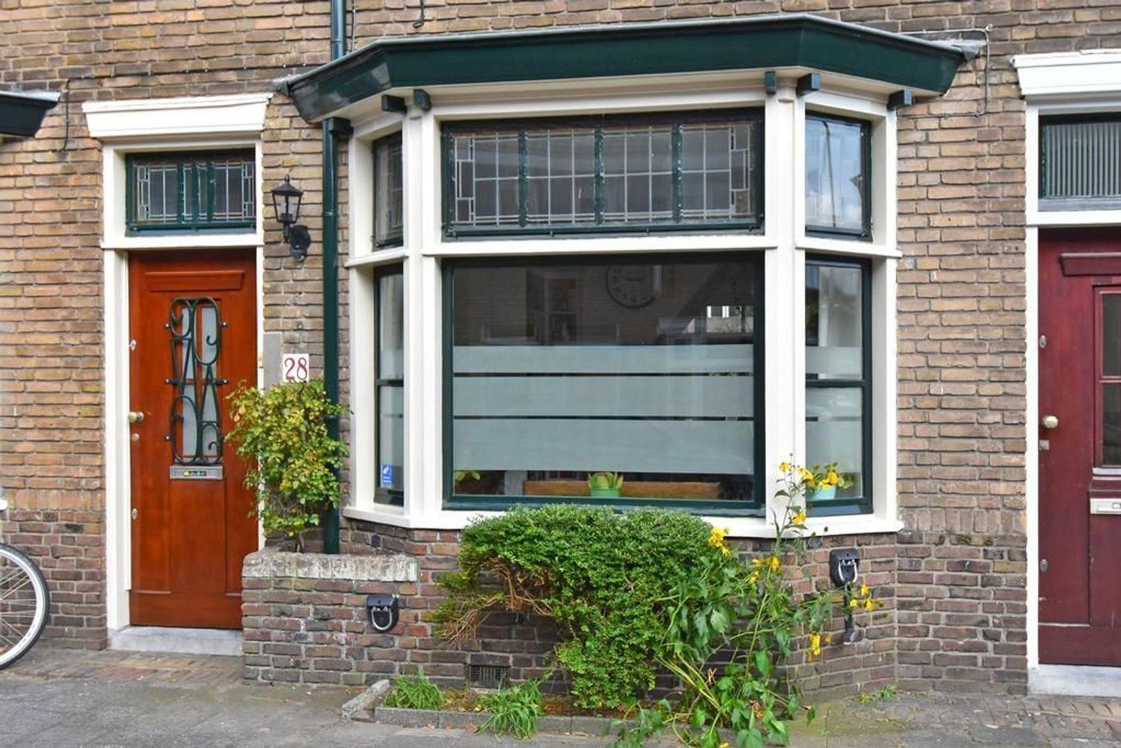 Agrippinastraat 28, Voorburg foto-2