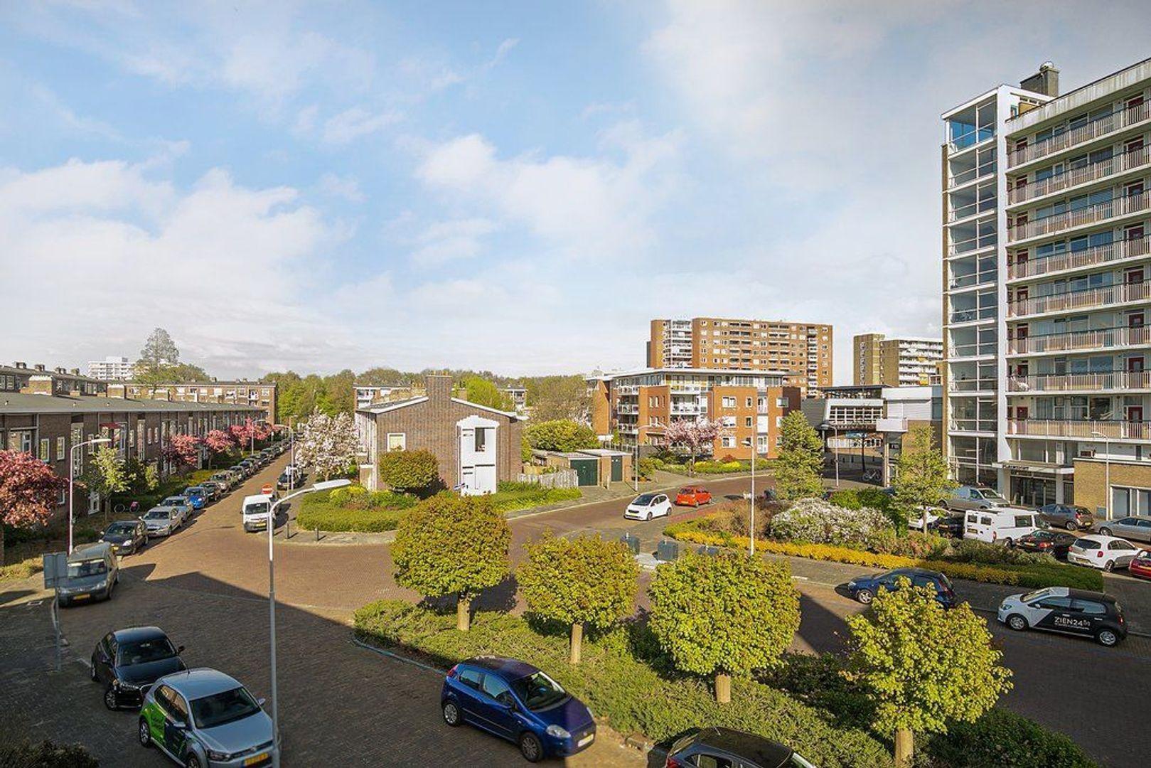 Uhlenbeckstraat 19, Voorburg foto-10