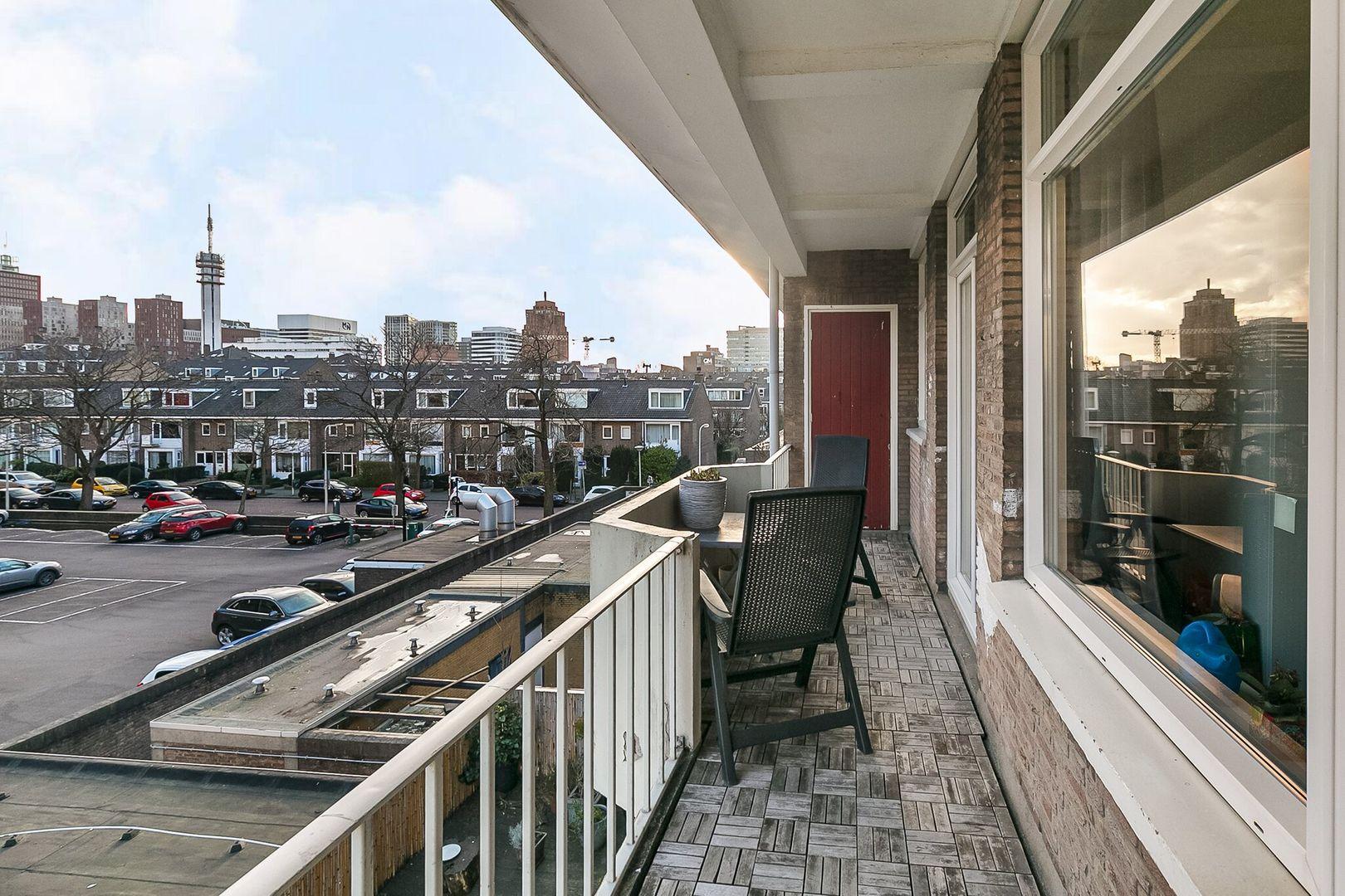 Theresiastraat 133 b, Den Haag foto-2