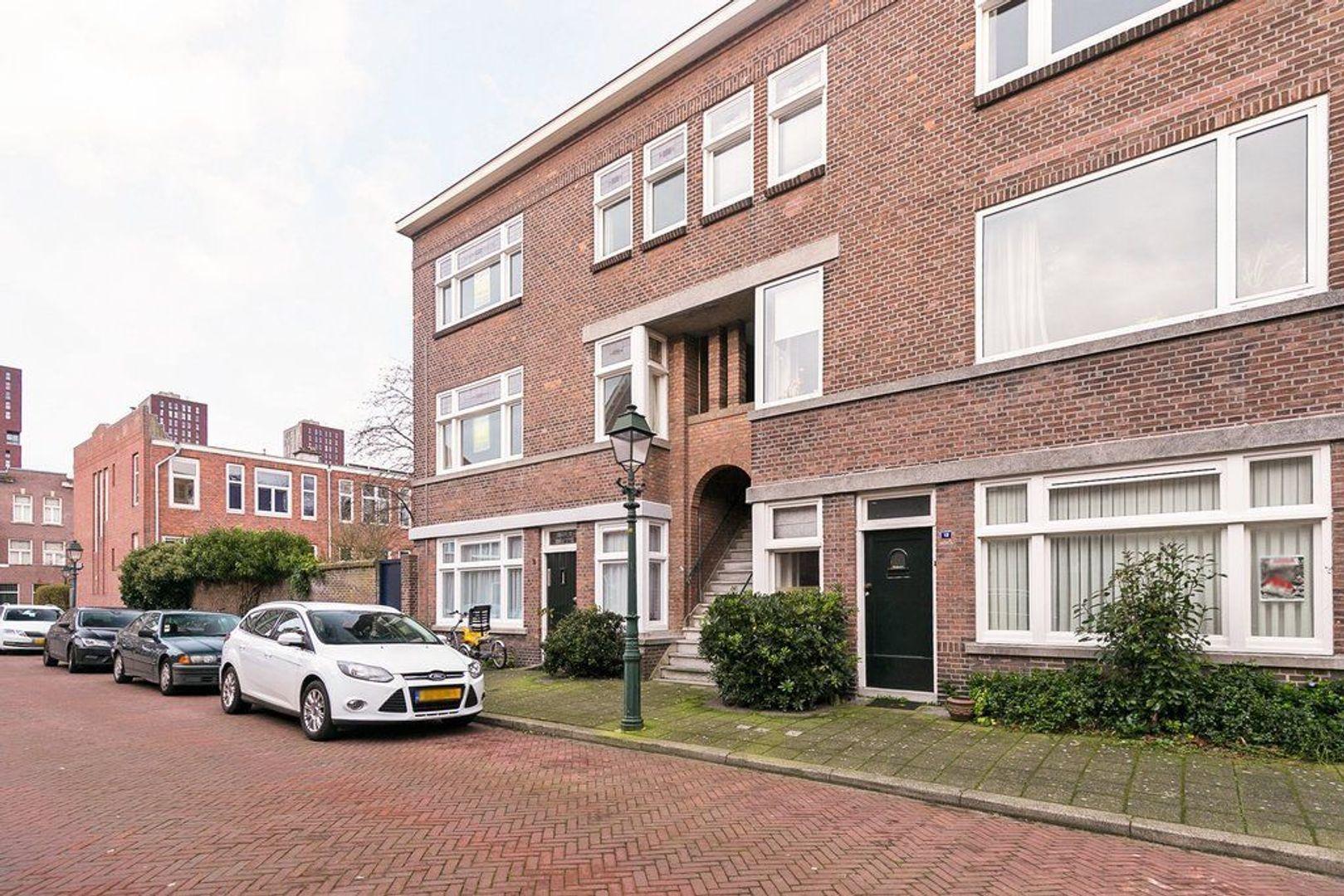 Van der Parrastraat 4, Den Haag foto-2
