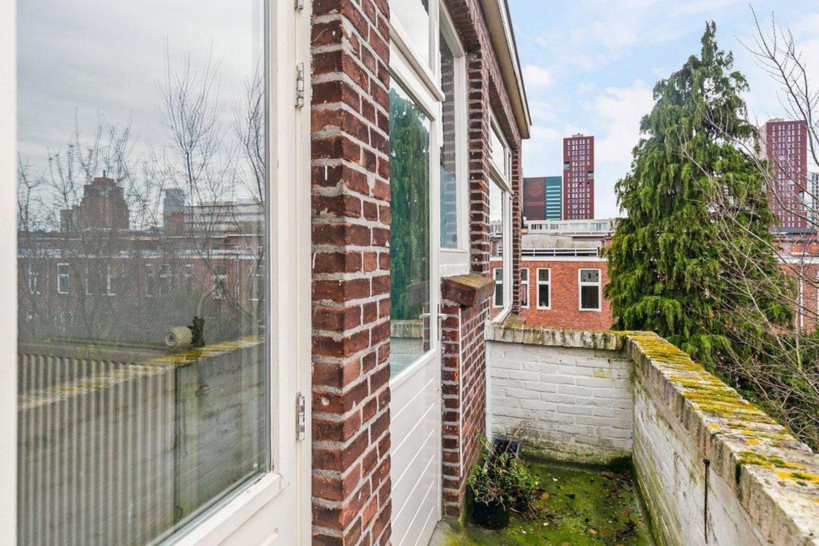 Van der Parrastraat 4, Den Haag foto-13