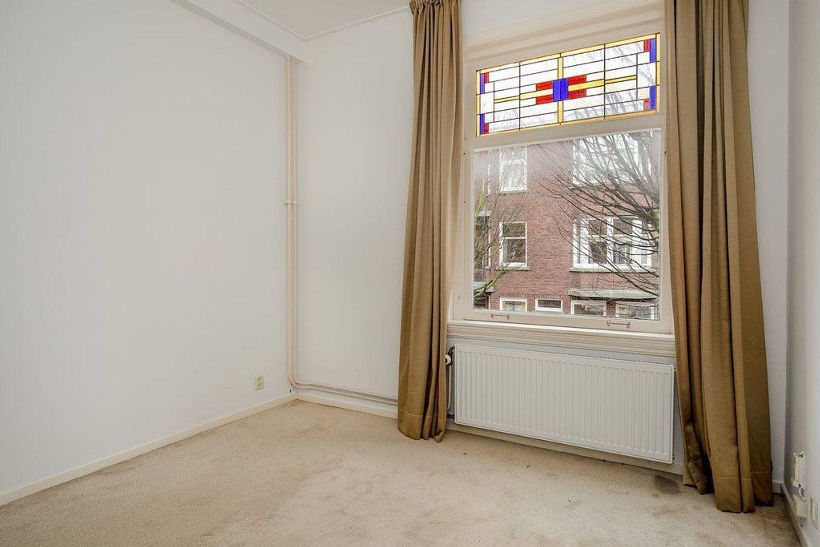 Stuyvesantstraat 275, Den Haag foto-16