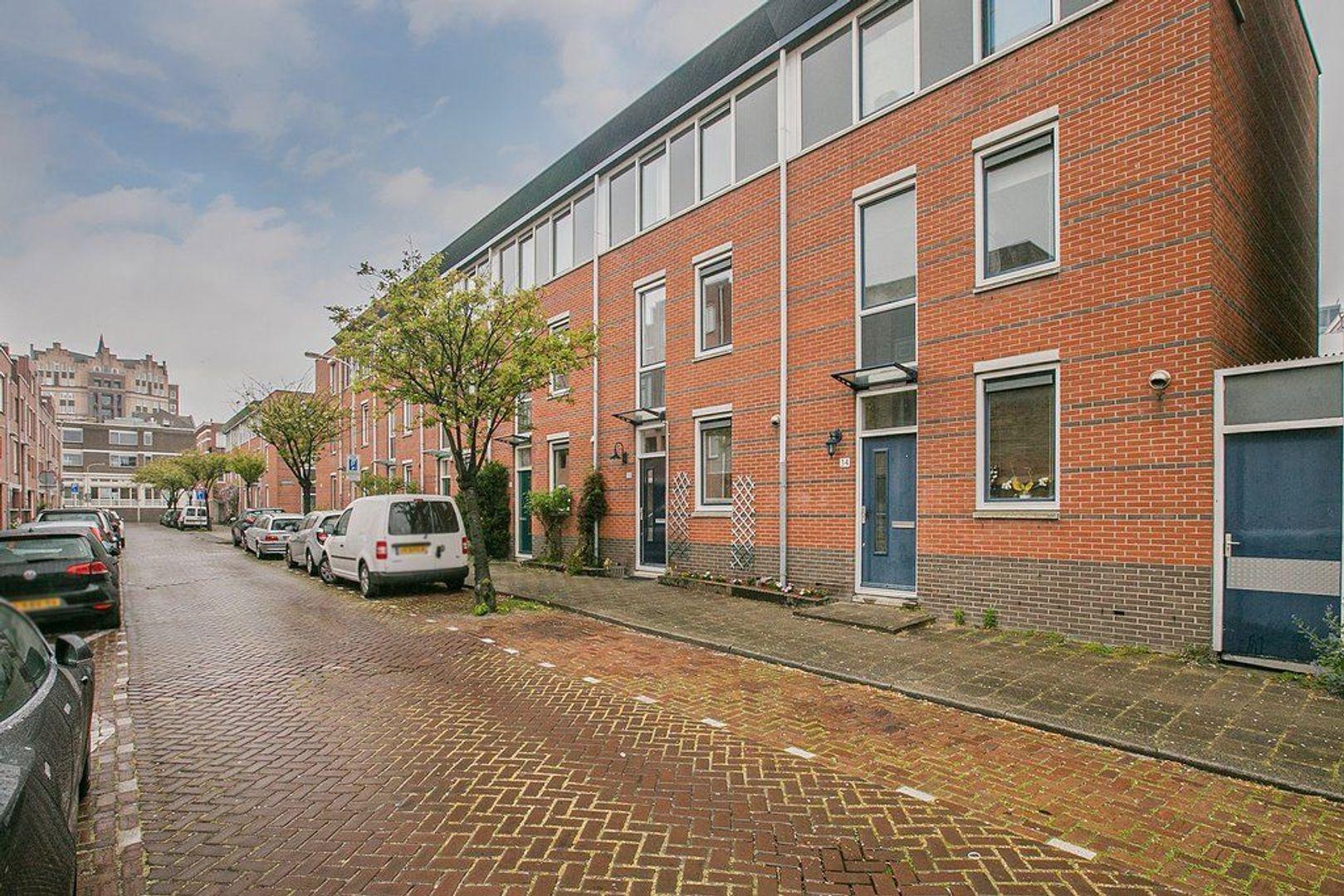 Amstelstraat 32, Den Haag foto-3