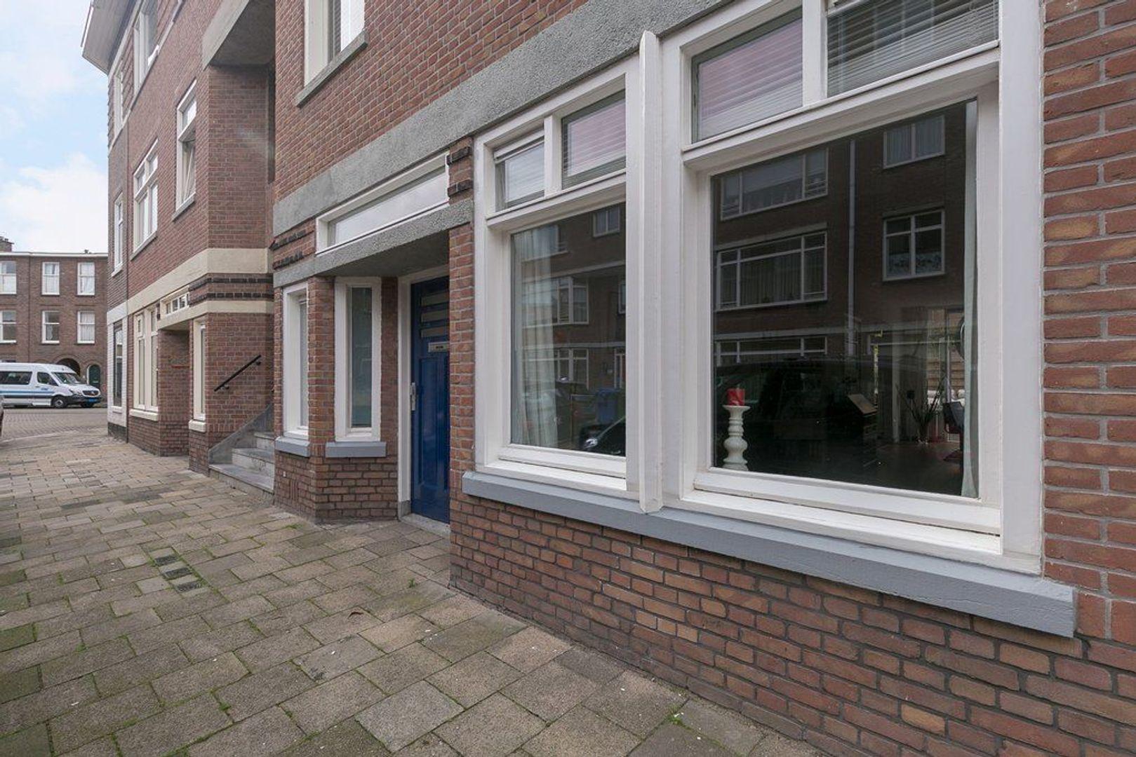 2e Joan Maetsuyckerstraat 245, Den Haag foto-6