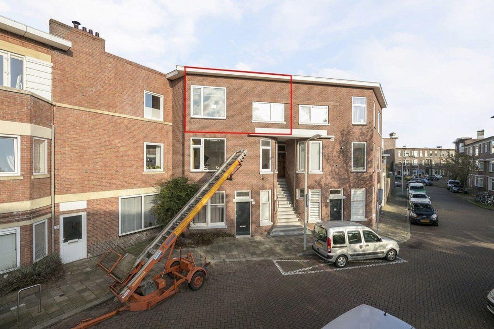 3e Joan Maetsuyckerstraat 226, Den Haag foto-3