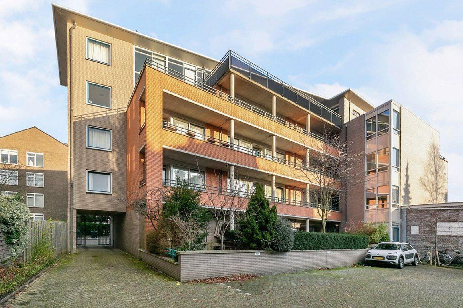2e De Carpentierstraat 141, Den Haag foto-0