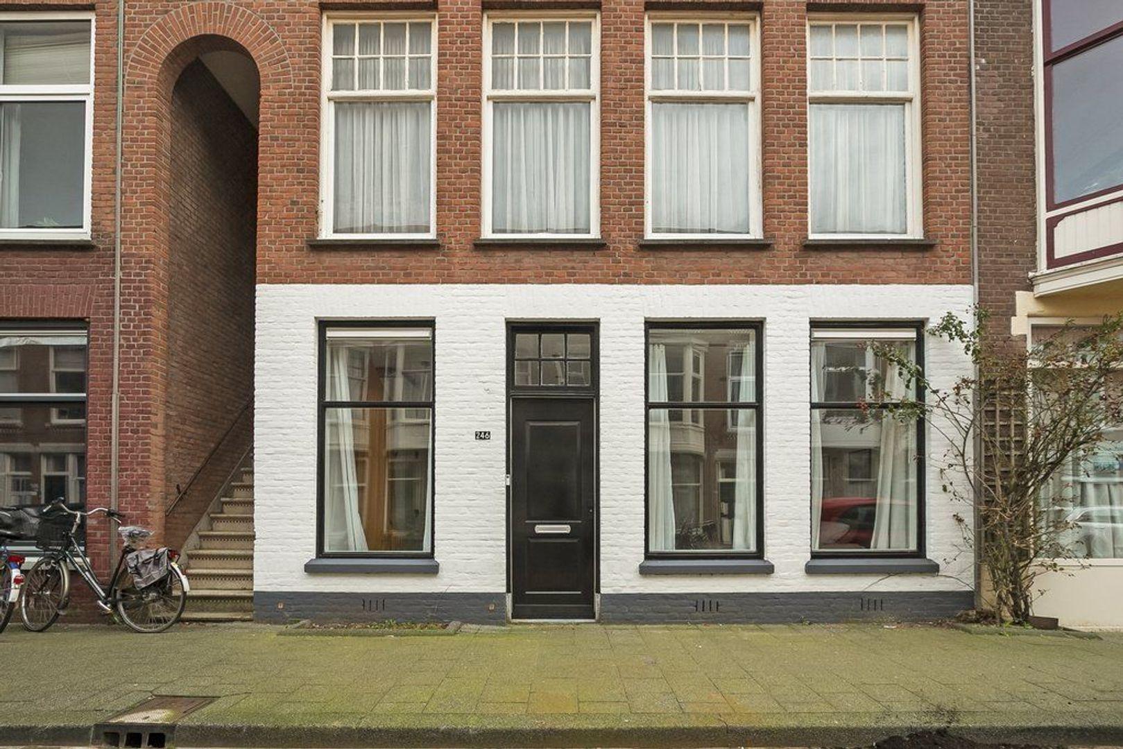 Johannes Camphuijsstraat 246, Den Haag foto-6