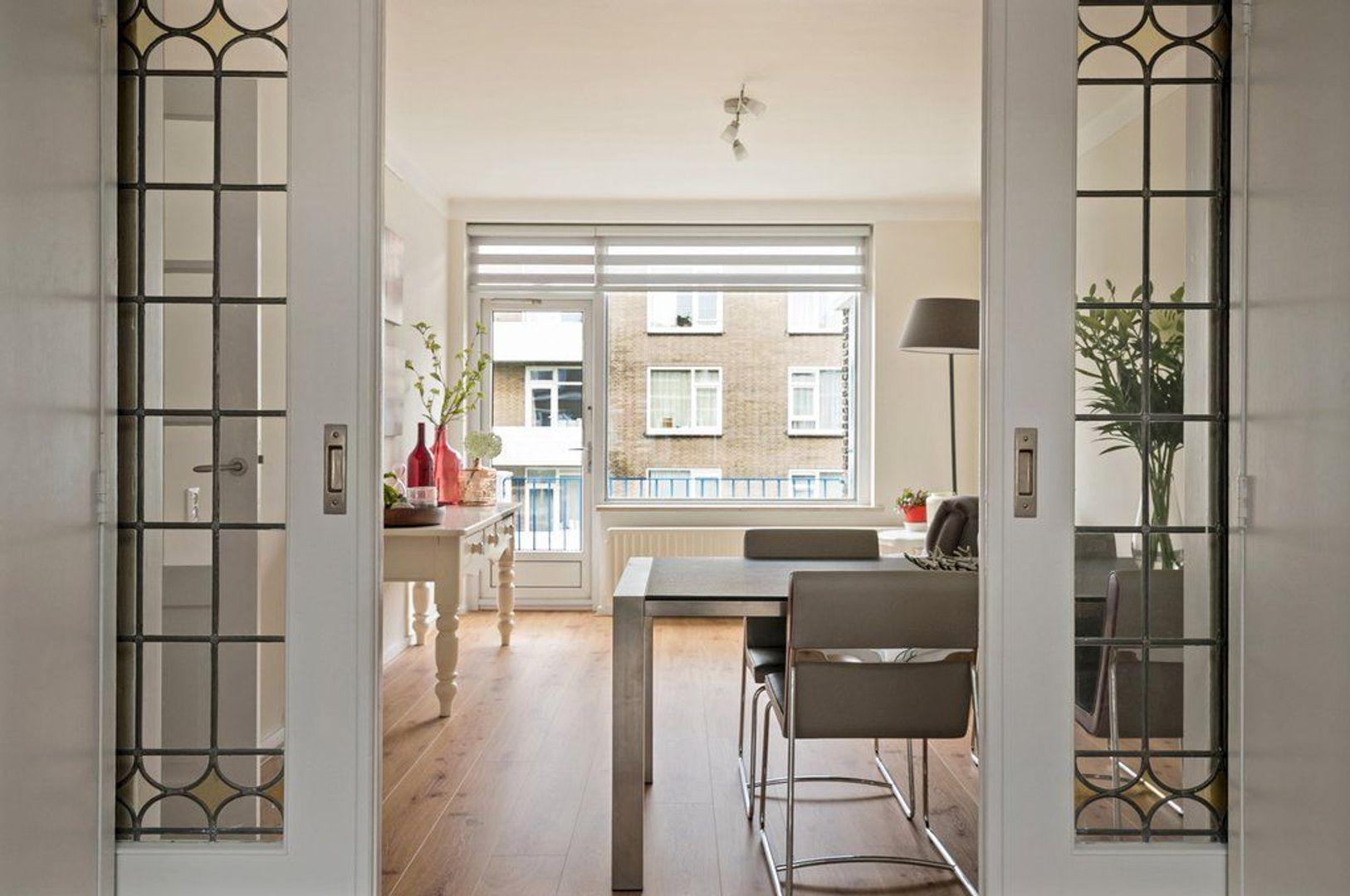 Paulinastraat 71, Den Haag foto-0