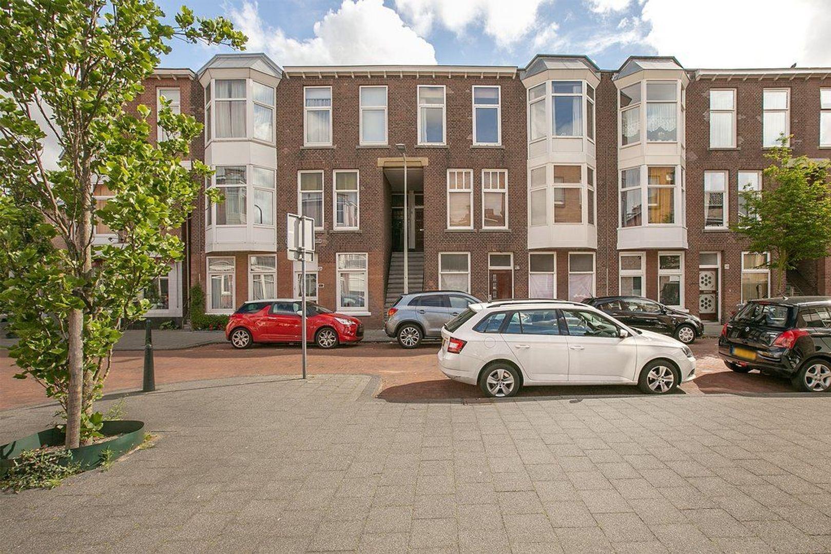 Johannes Camphuijsstraat 282, Den Haag foto-1