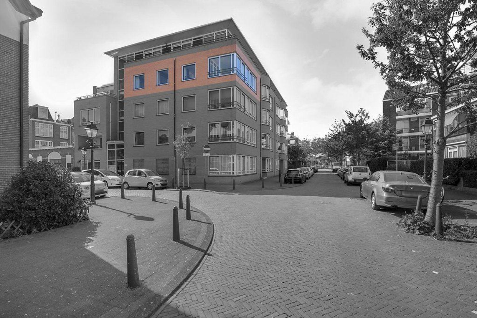 Abraham Patrasstraat 28, Den Haag foto-3