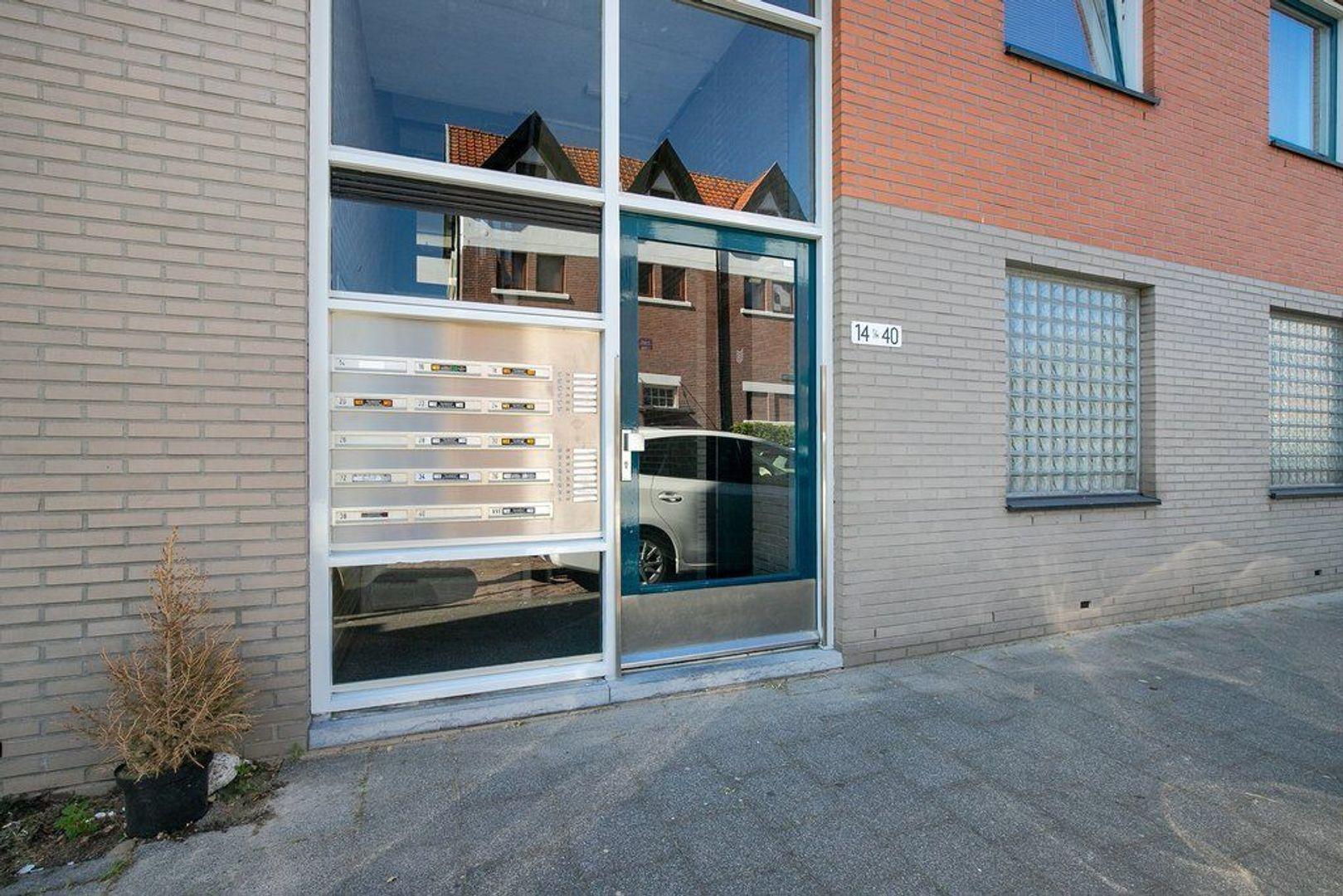 Abraham Patrasstraat 28, Den Haag foto-6