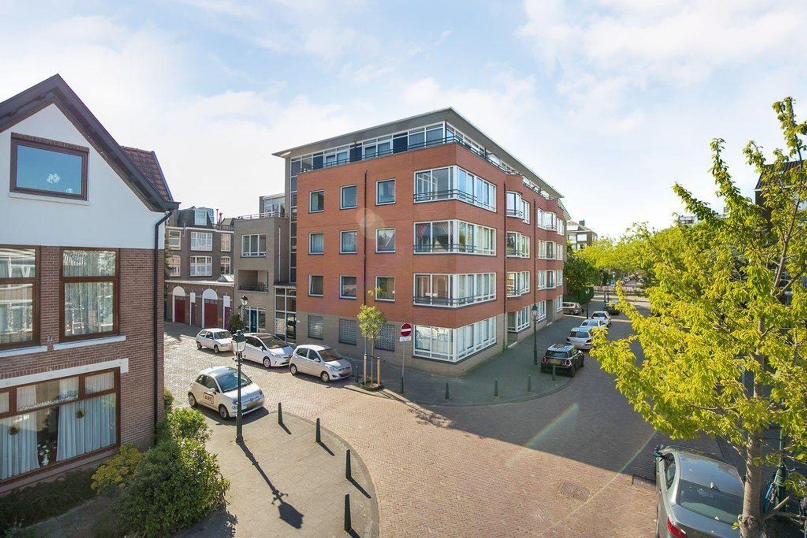 Abraham Patrasstraat 28, Den Haag foto-4
