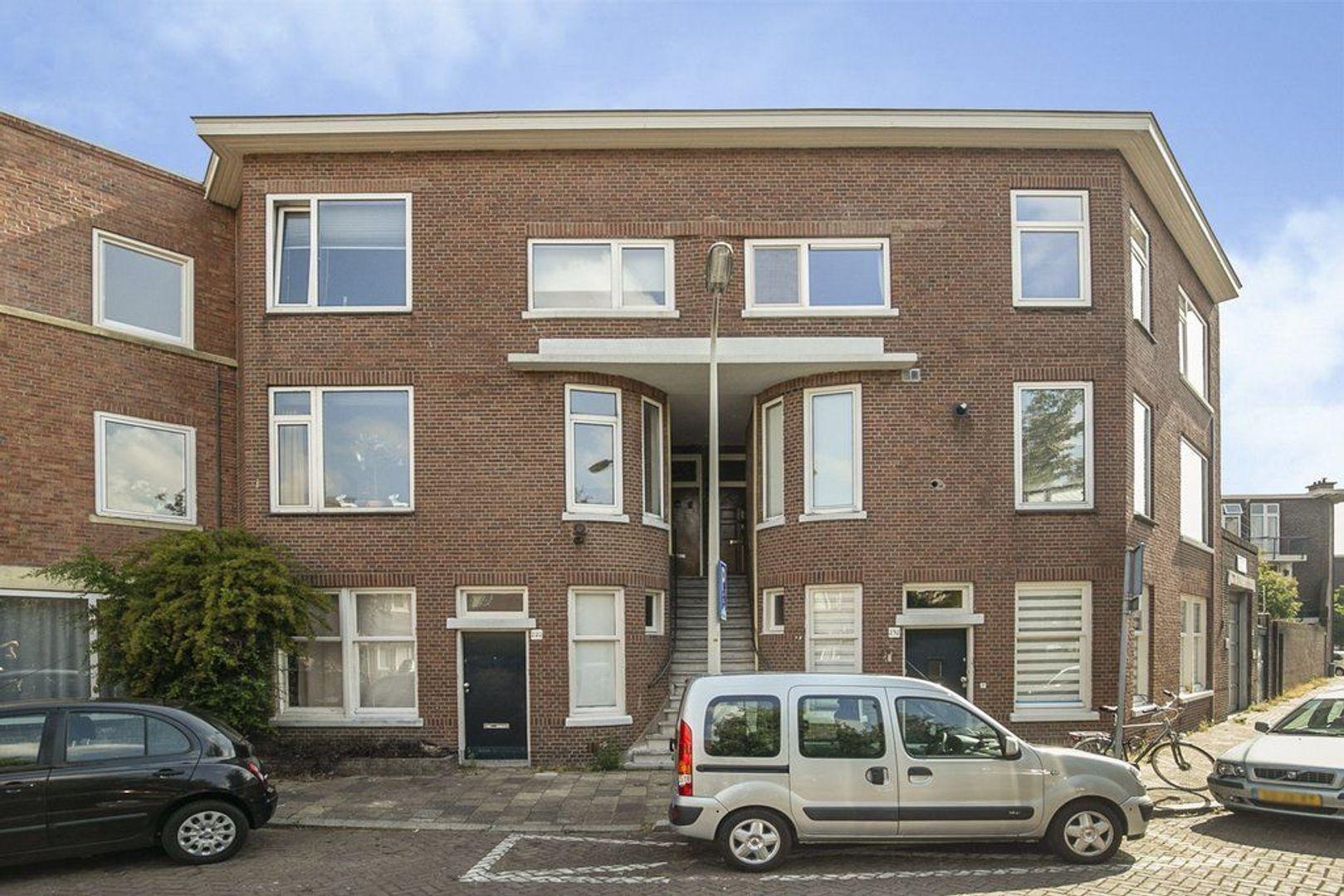3e Joan Maetsuyckerstraat 228, Den Haag foto-0