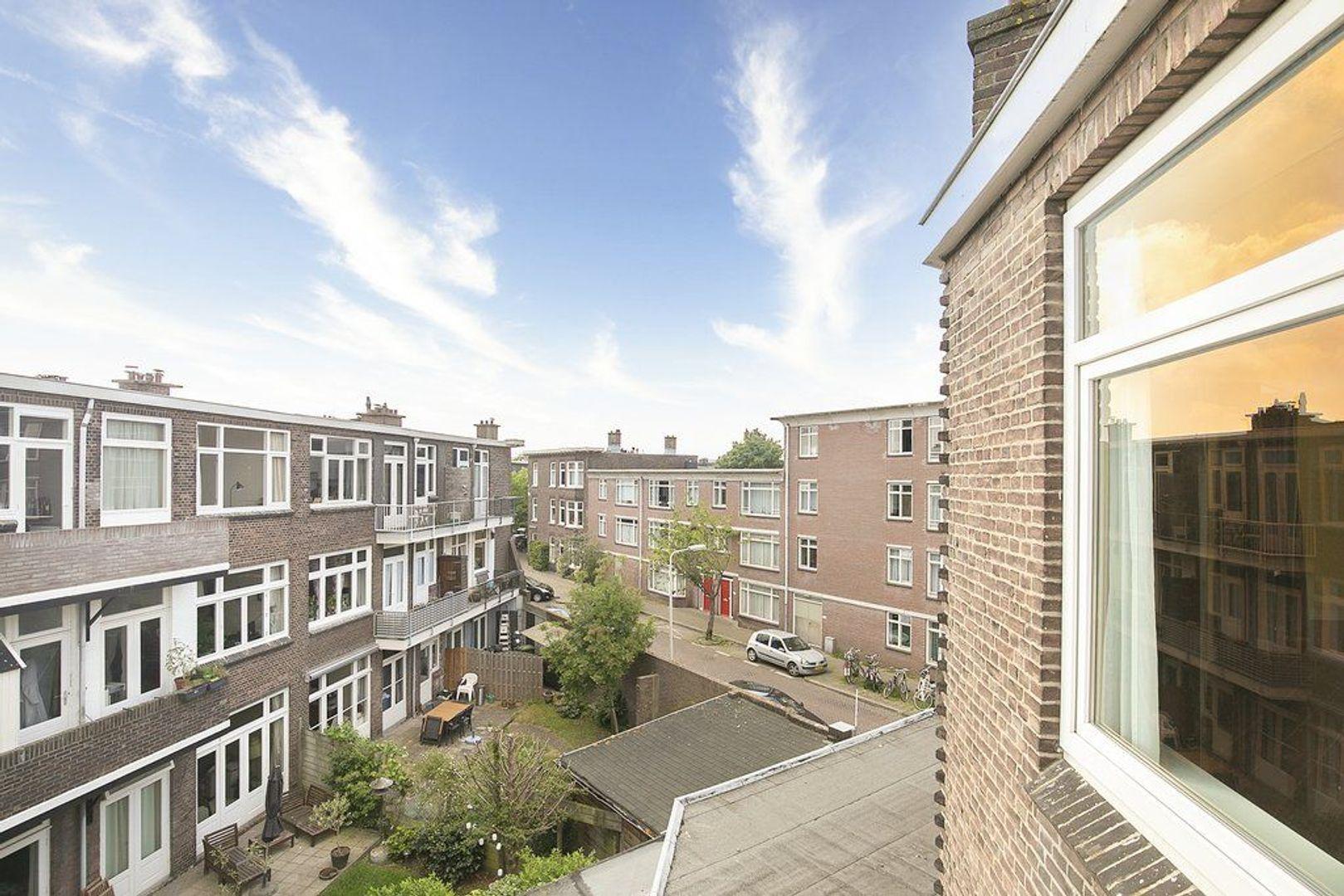 3e Joan Maetsuyckerstraat 228, Den Haag foto-14