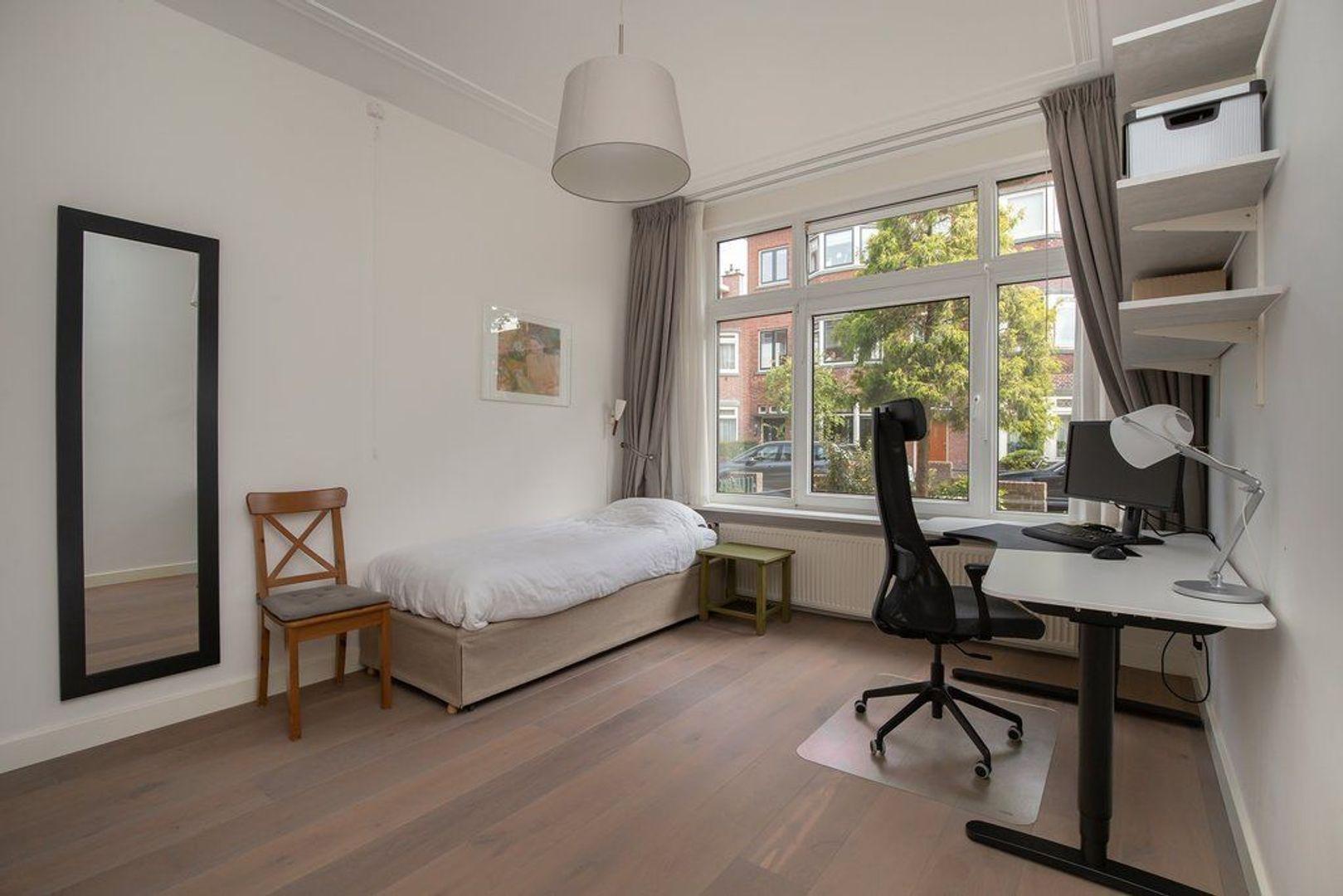 Van Nijenrodestraat 84, Den Haag foto-22