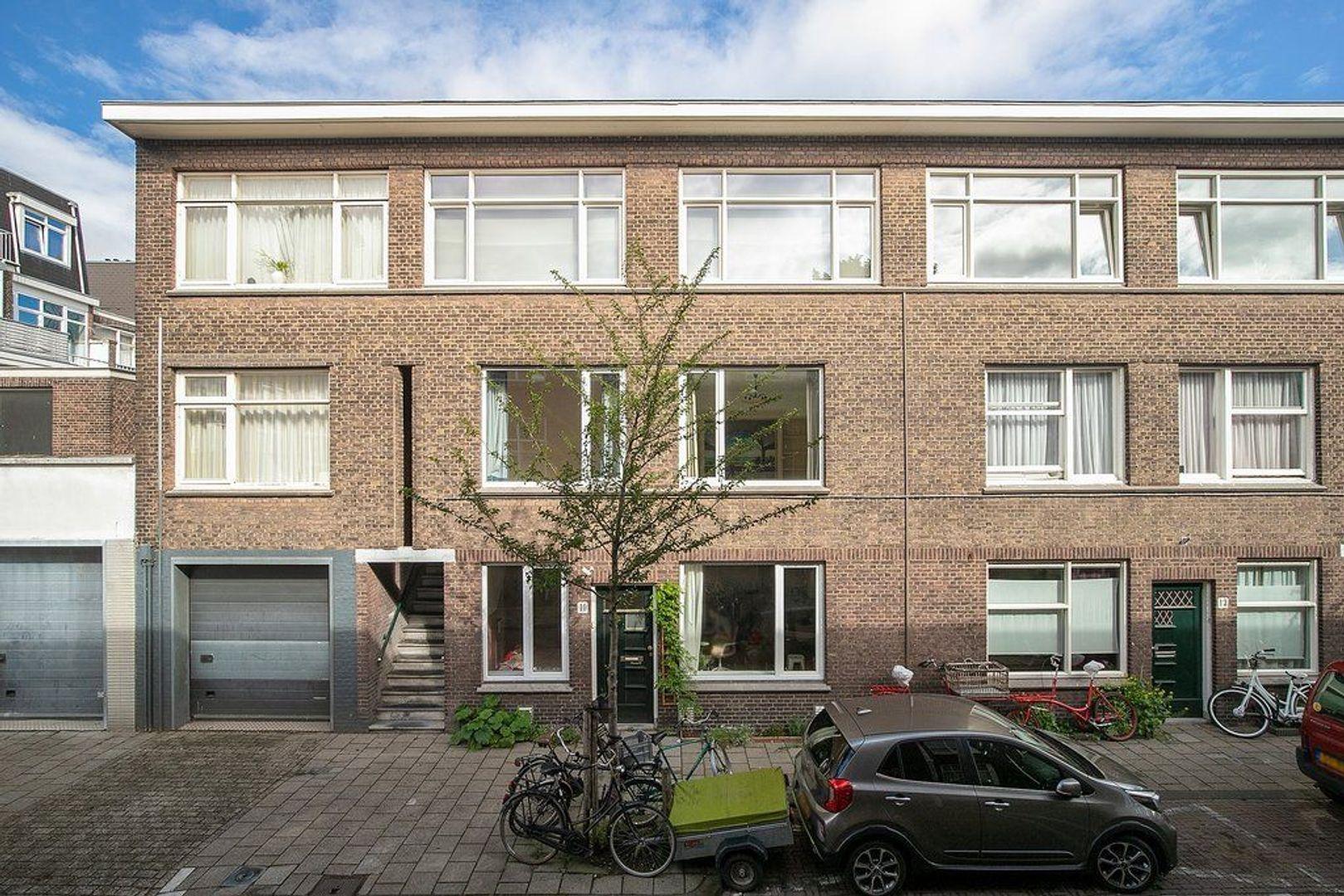 Mijdrechtstraat 8, Den Haag foto-1