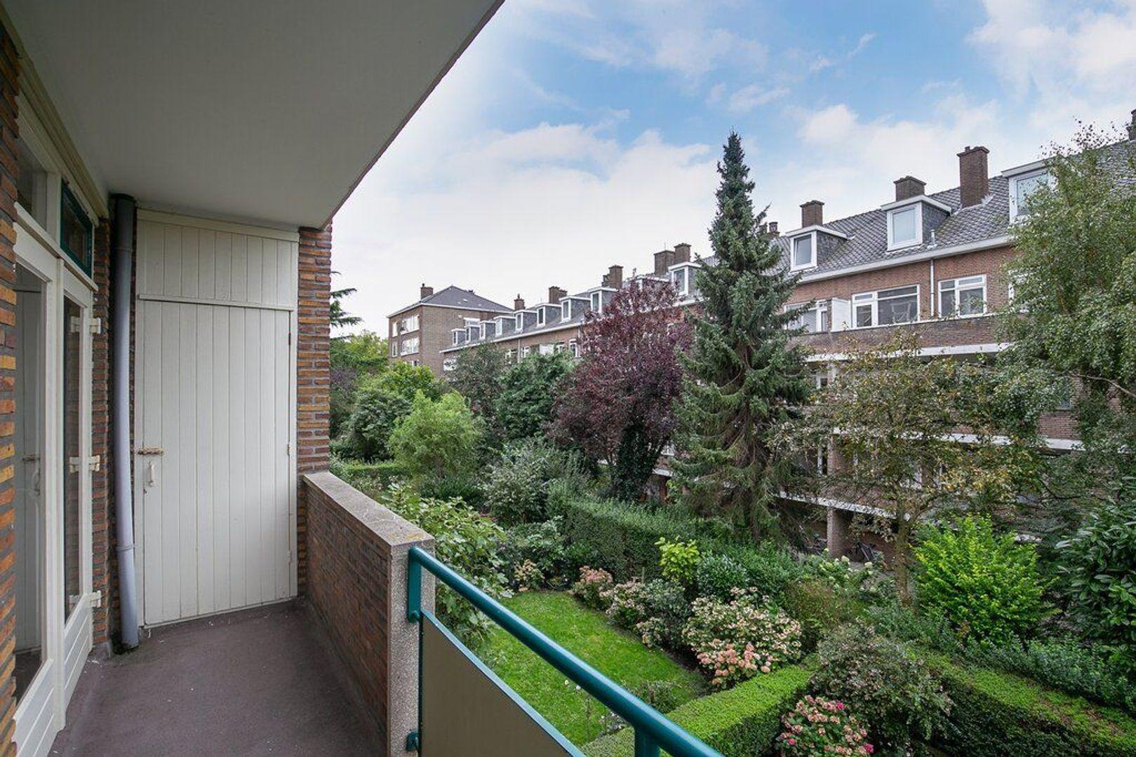 De Carpentierstraat 105, Den Haag foto-12