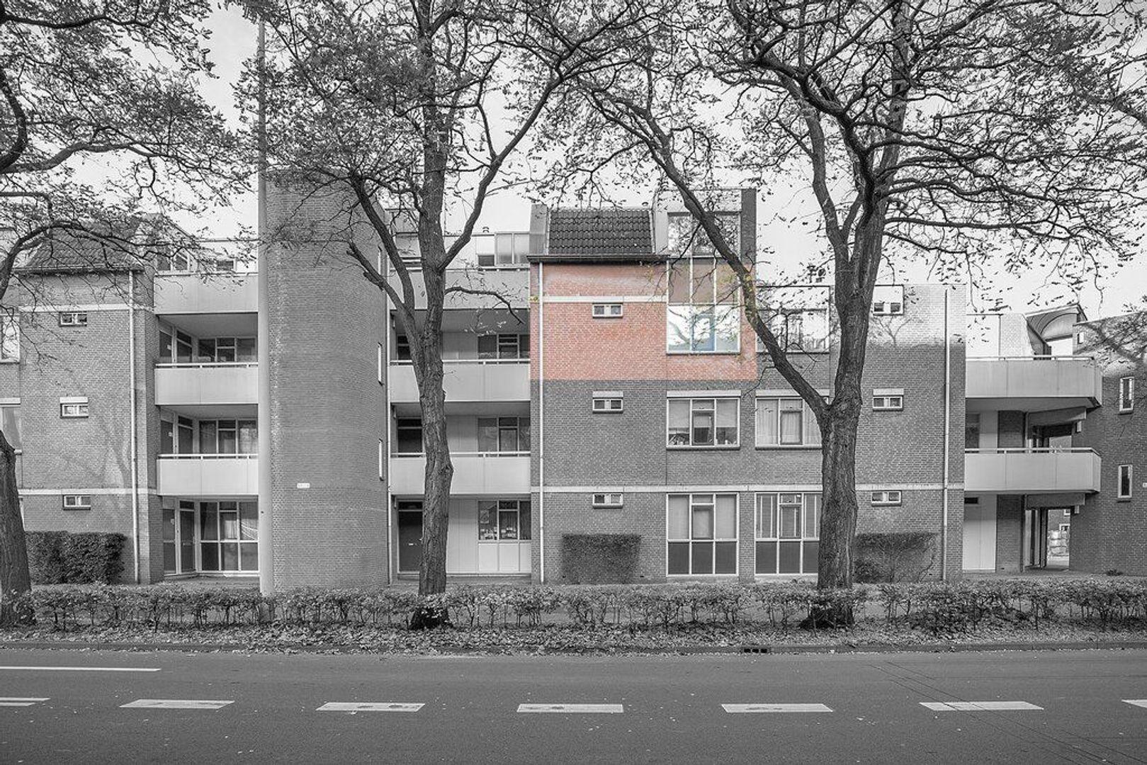 Juliana van Stolberglaan 76, Den Haag foto-0