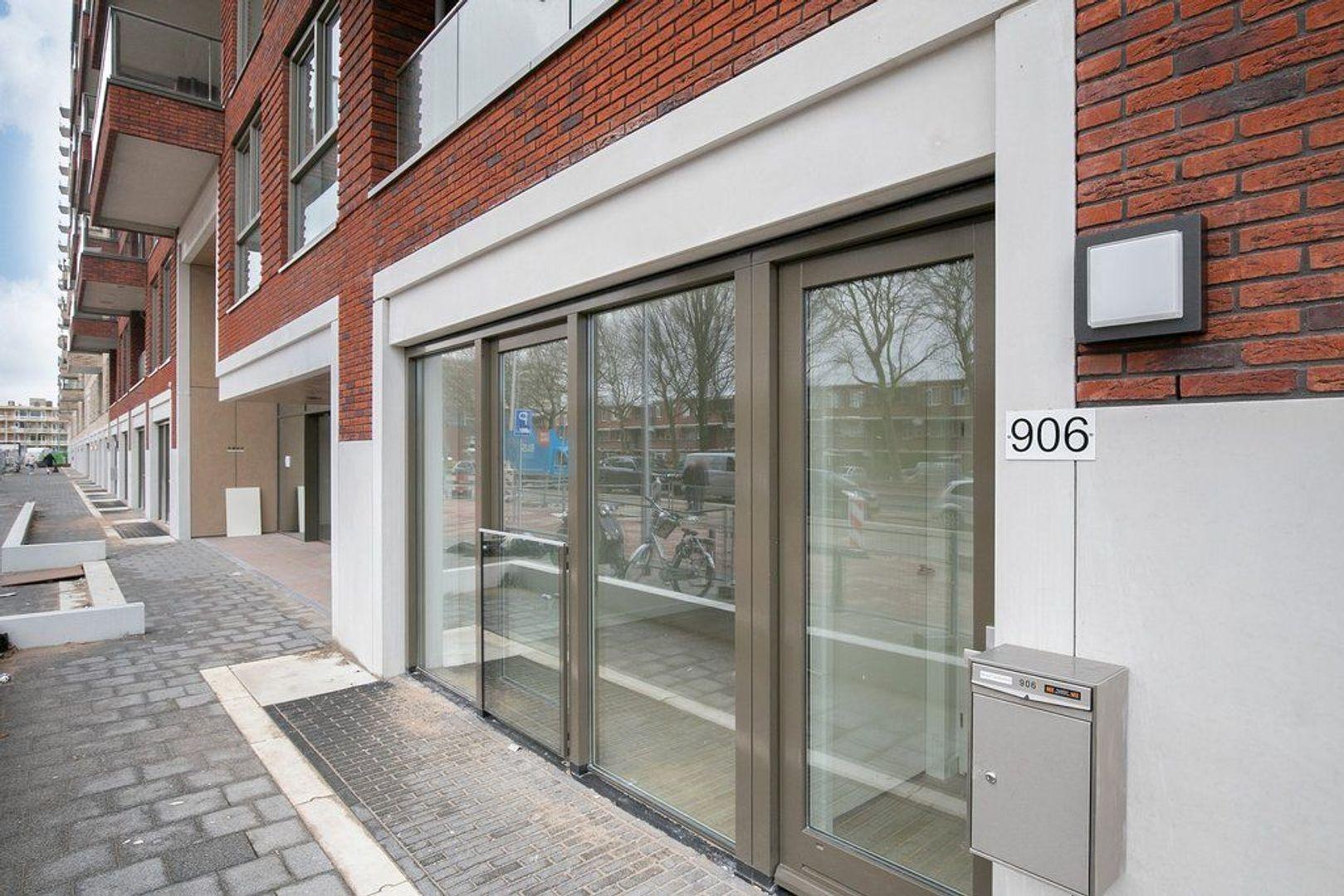 Escamplaan 906, Den Haag foto-1