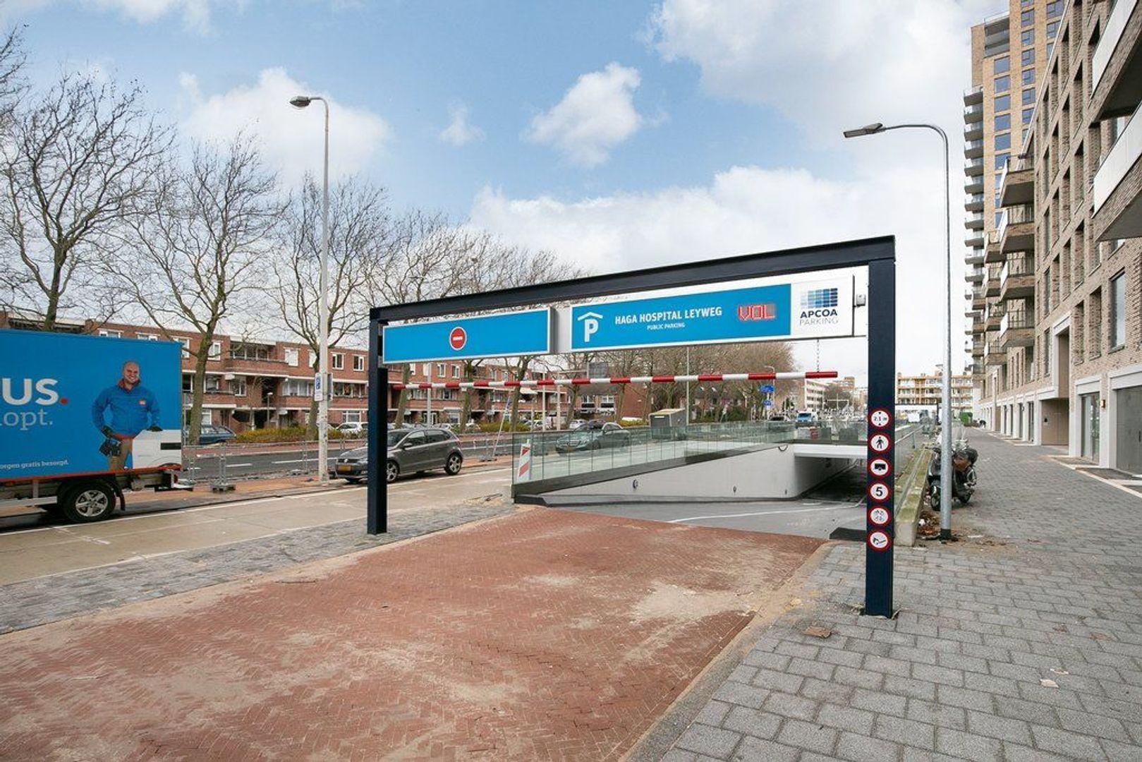 Escamplaan 906, Den Haag foto-10