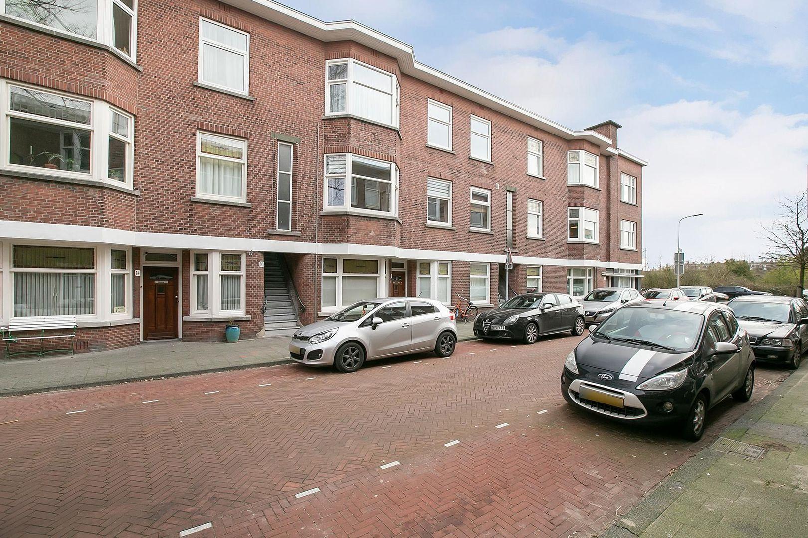 Van der Wyckstraat 24, Den Haag foto-6