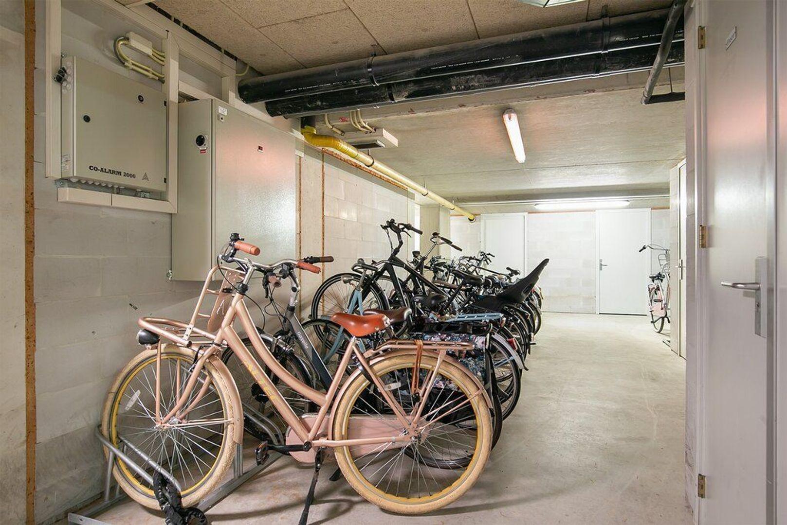 Vriezenveenstraat 114, Den Haag foto-28