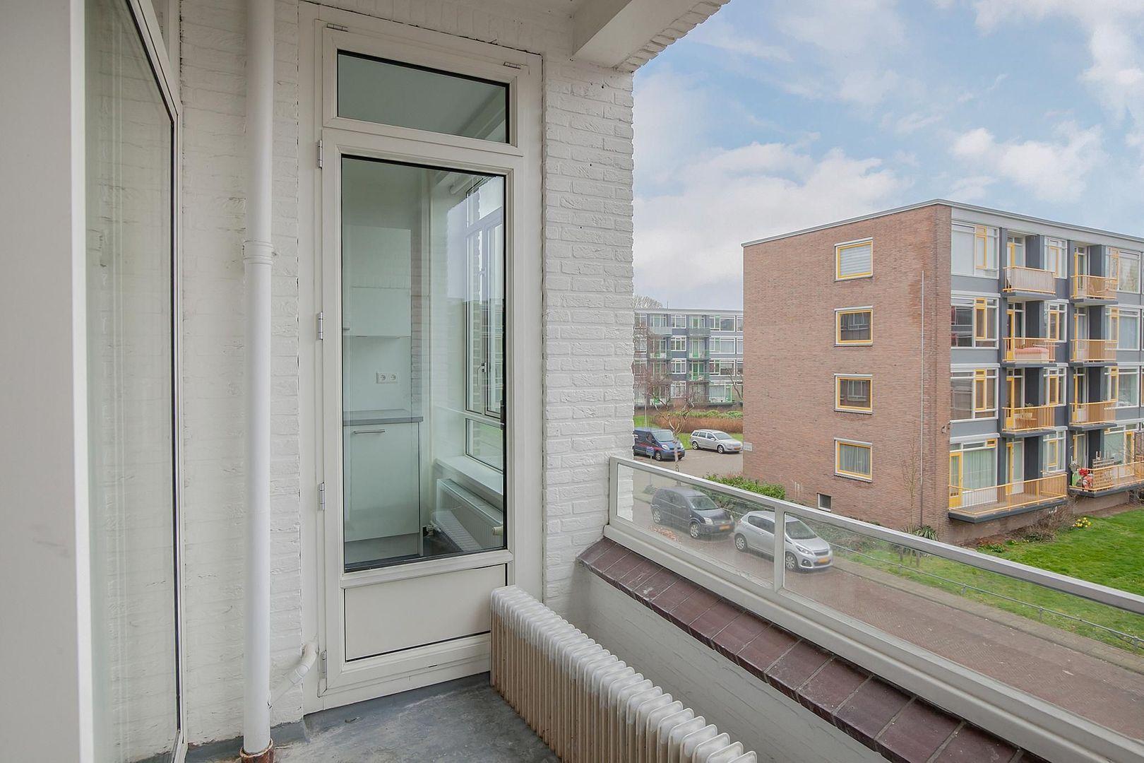 Barnsteenhorst 176, Den Haag foto-14