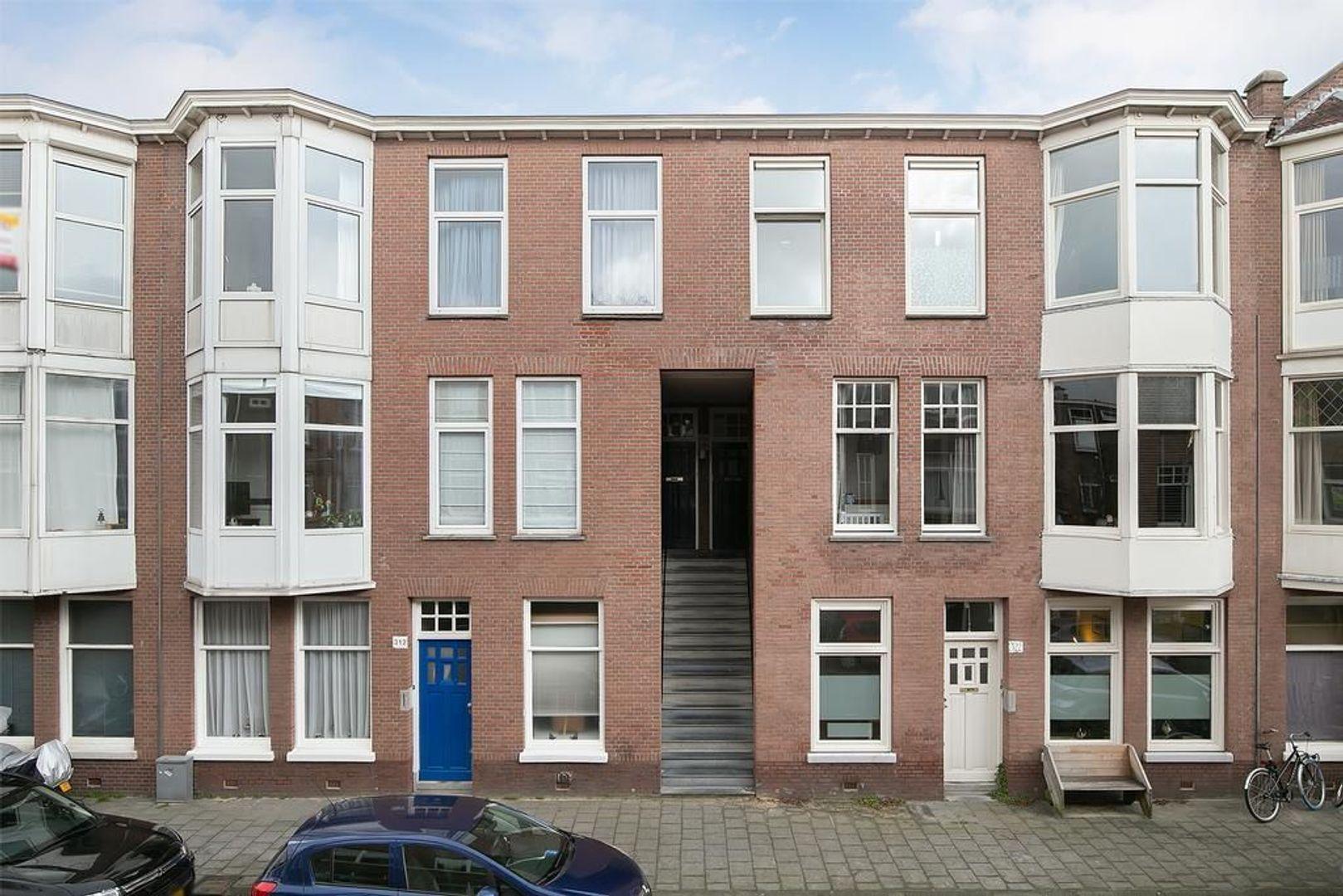 Johannes Camphuijsstraat 318, Den Haag foto-0