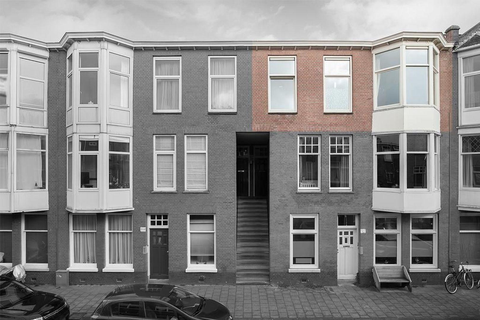 Johannes Camphuijsstraat 318, Den Haag foto-1