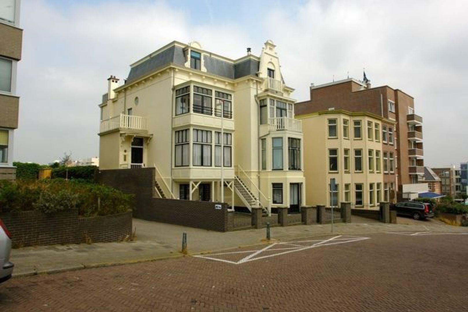 Seinpostduin 27 H, Den Haag foto-0