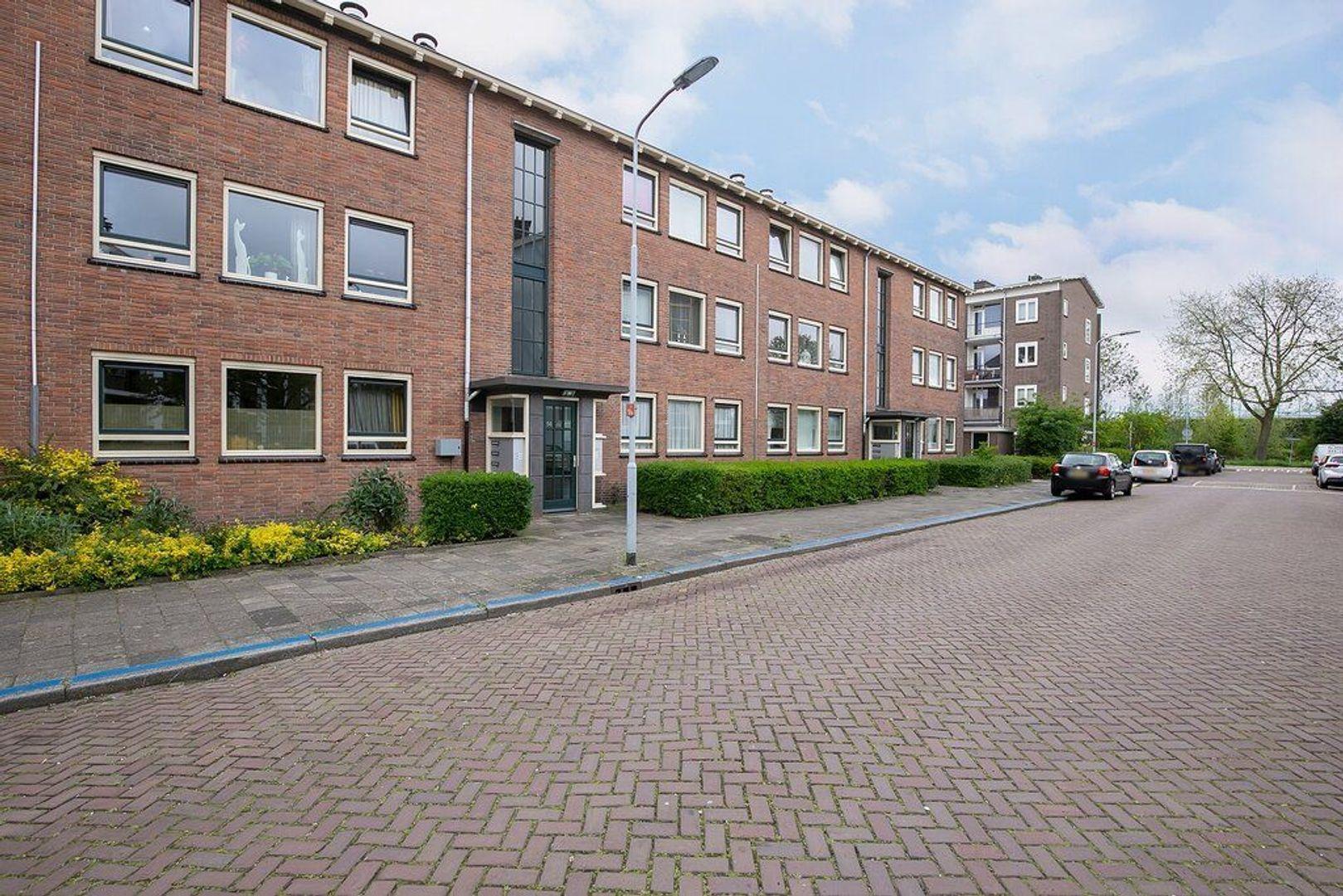 Jacob van Lennepstraat 60, Voorburg foto-2