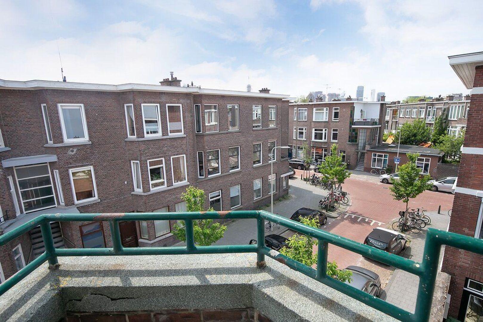 Van Reesstraat 4, Den Haag foto-3