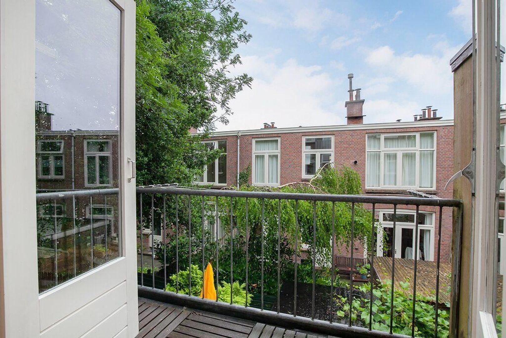 Johannes Camphuijsstraat 290, Den Haag foto-2