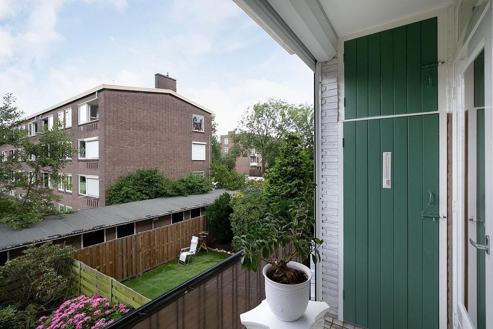 Koningin Julianalaan 159, Voorburg foto-20