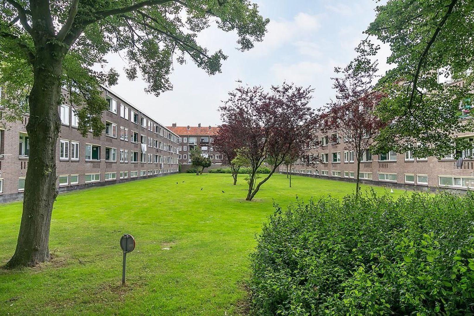 Koningin Julianalaan 159, Voorburg foto-32