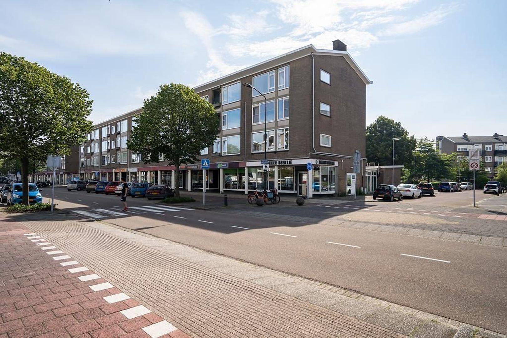 Baesjoustraat 4, Voorburg foto-0
