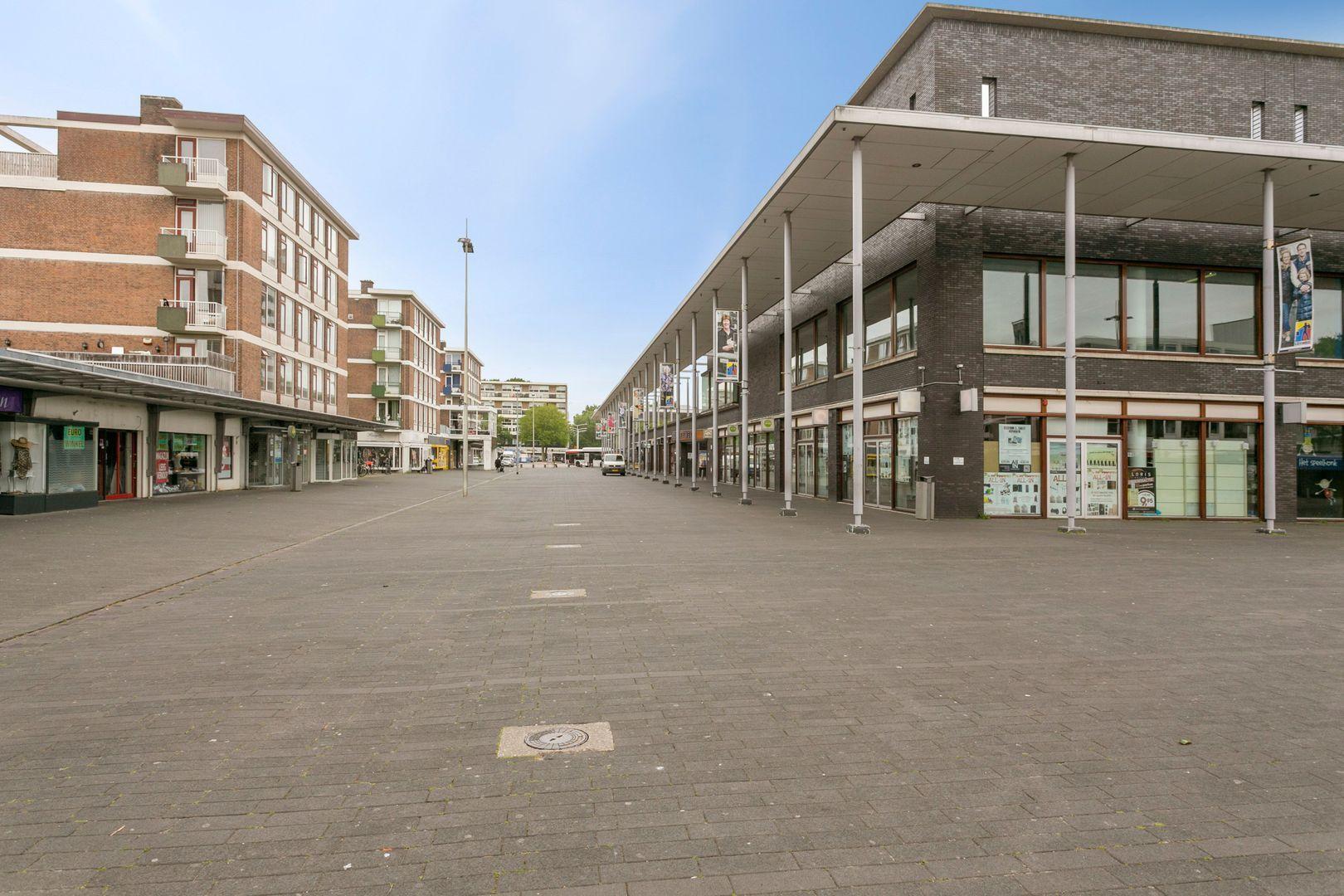 Kloosterveenstraat 75, Den Haag foto-54