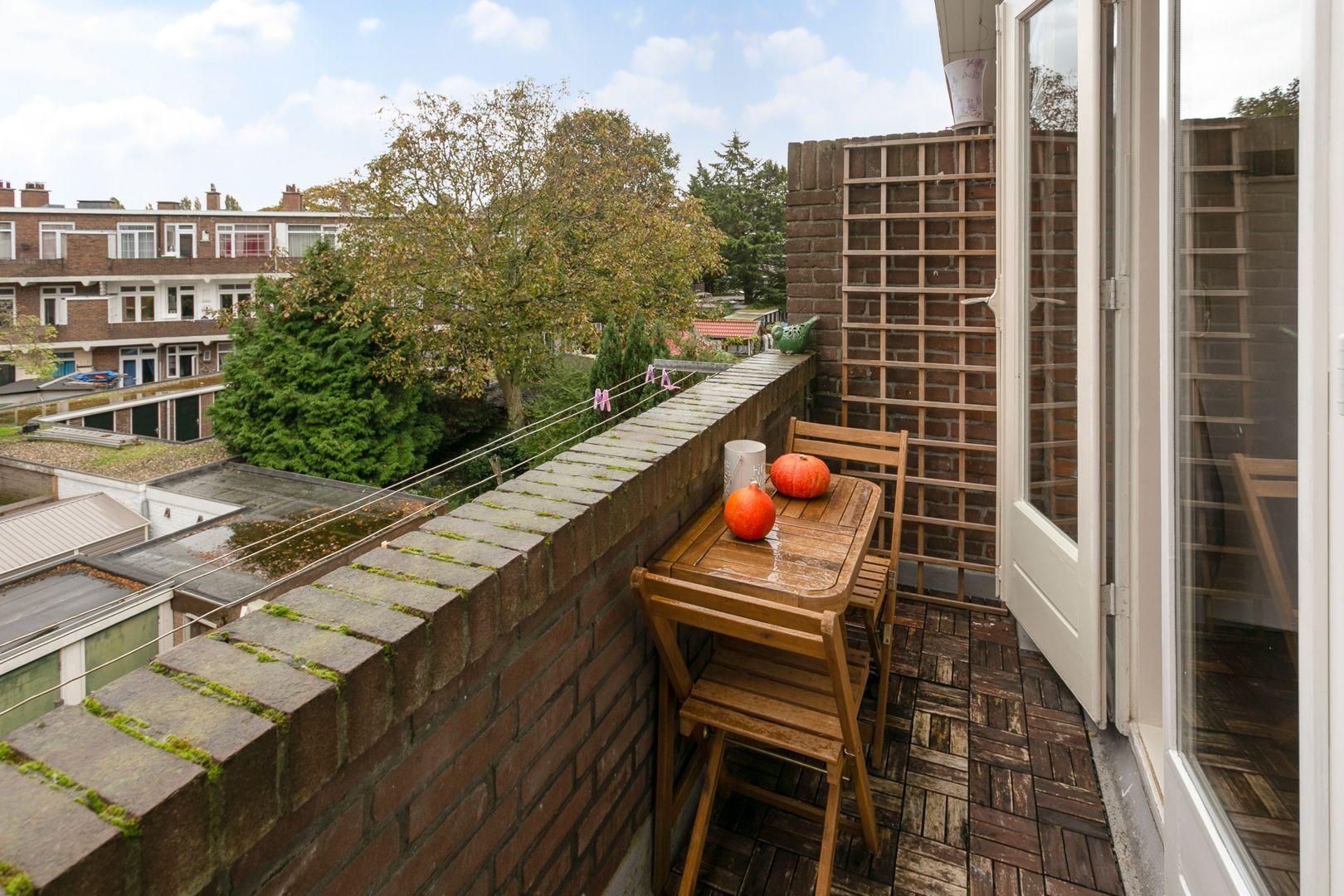 De Genestetlaan 268, Den Haag foto-10