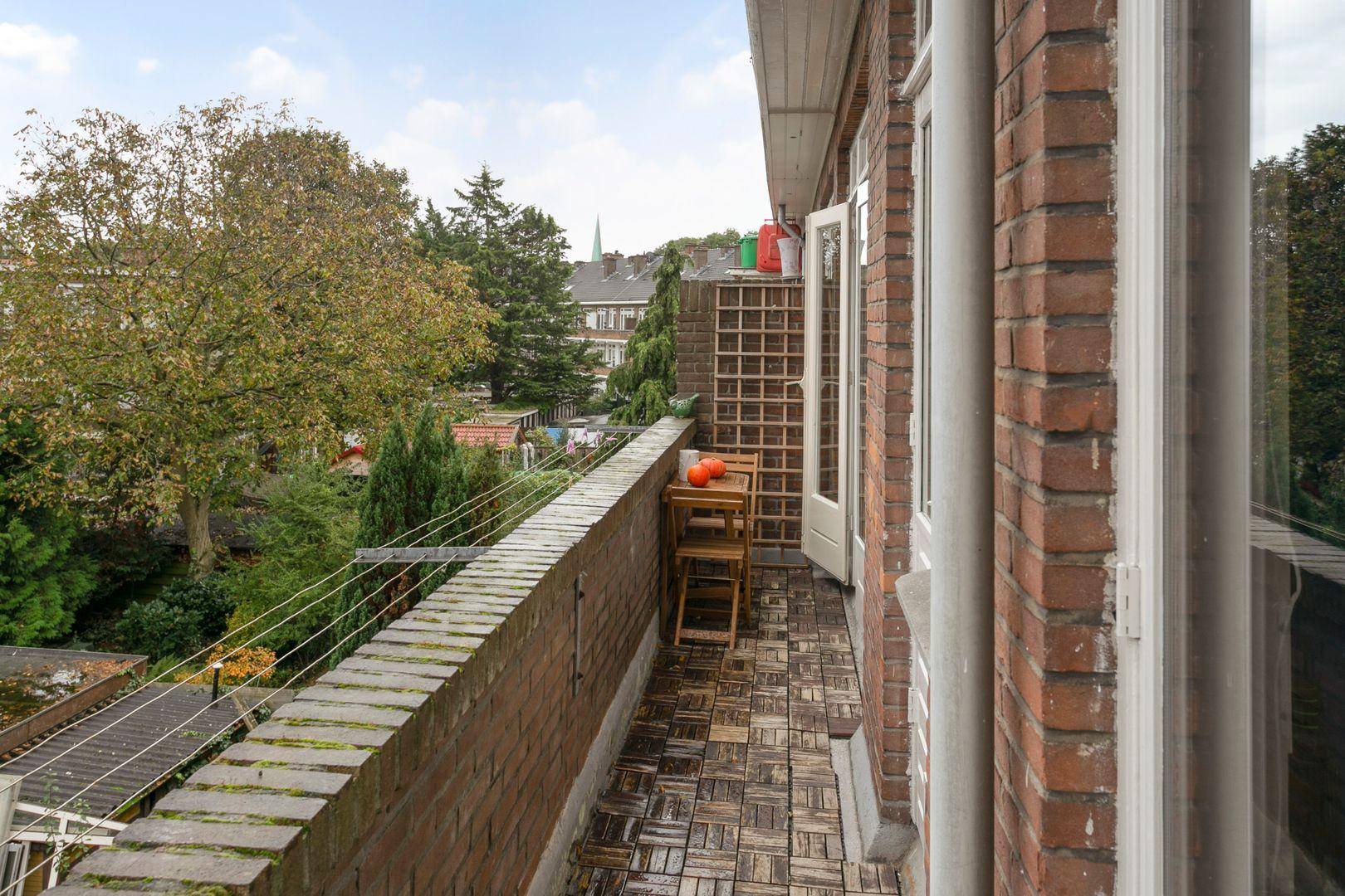 De Genestetlaan 268, Den Haag foto-12