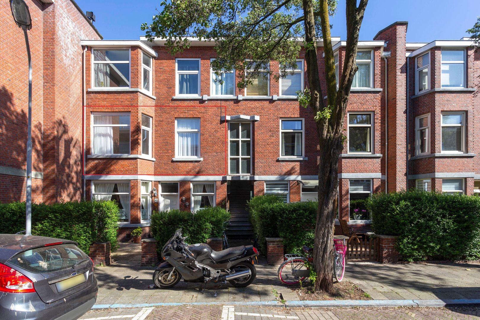 van Gaesbekestraat 40, Voorburg foto-0