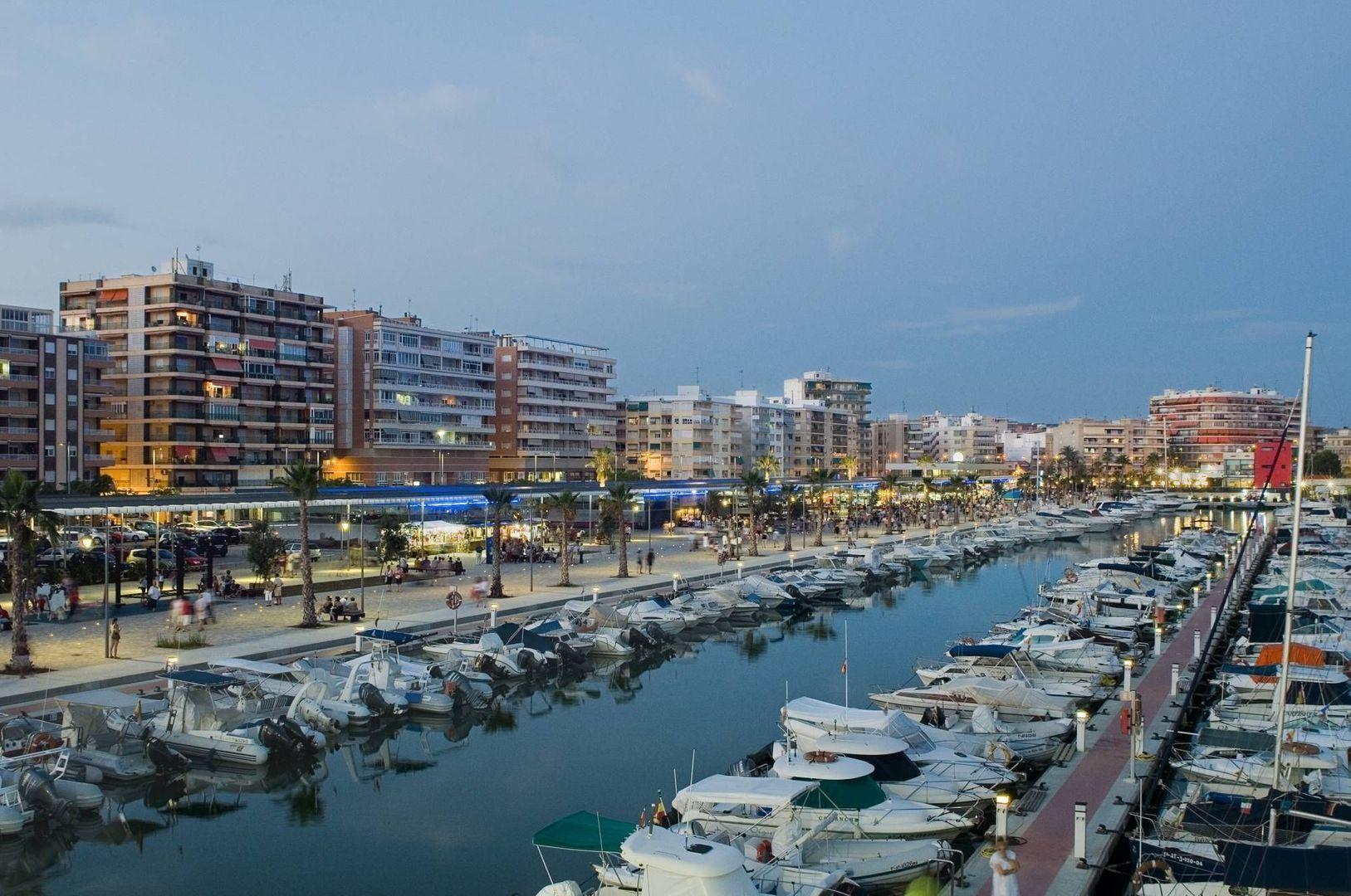 Avinguda del Mediterrani 3065, Grant Alacant foto-24