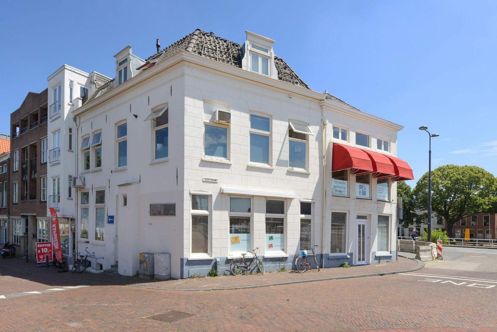 Achterom 1 3 en 5, Delft foto-1