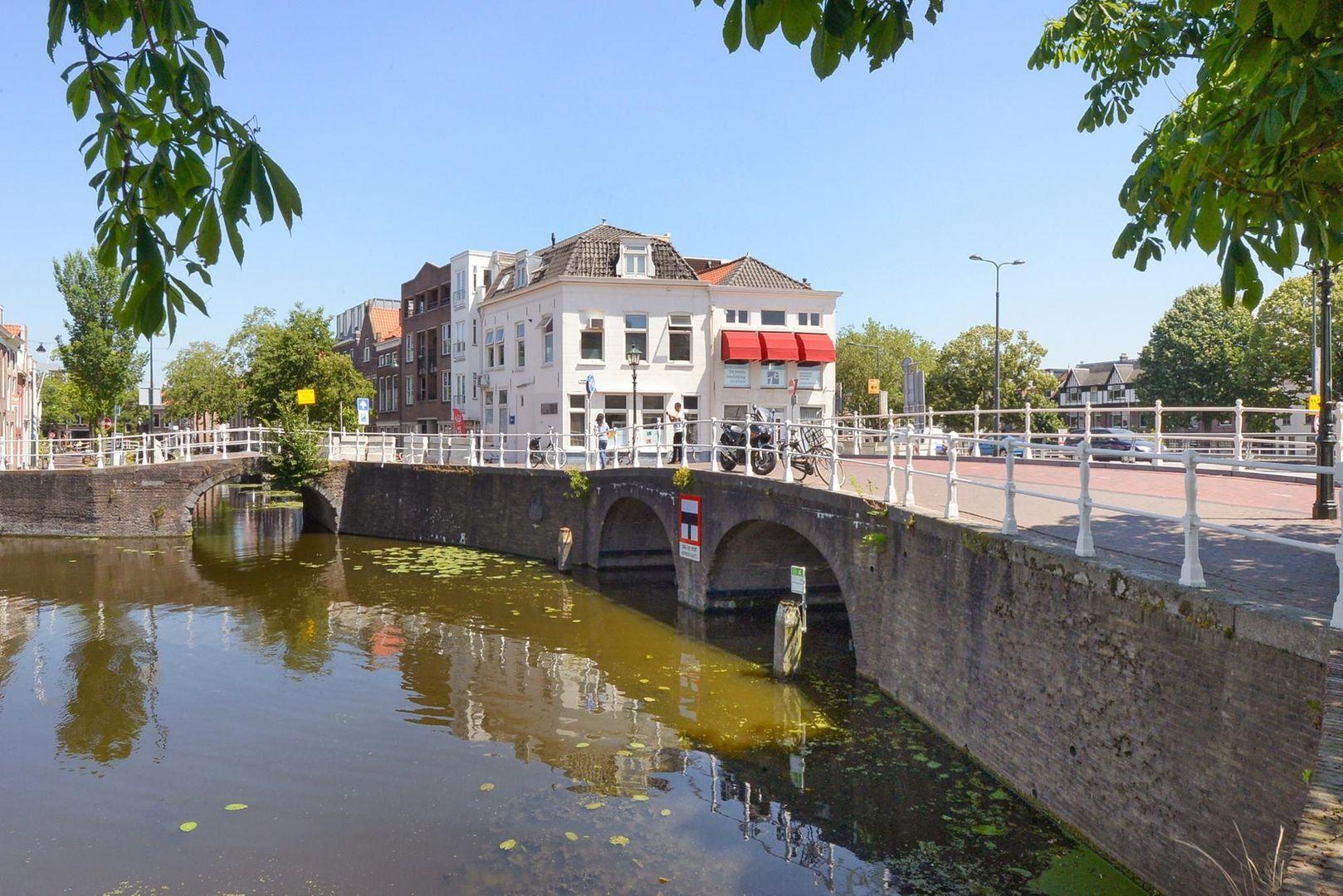 Achterom 1 3 en 5, Delft foto-3